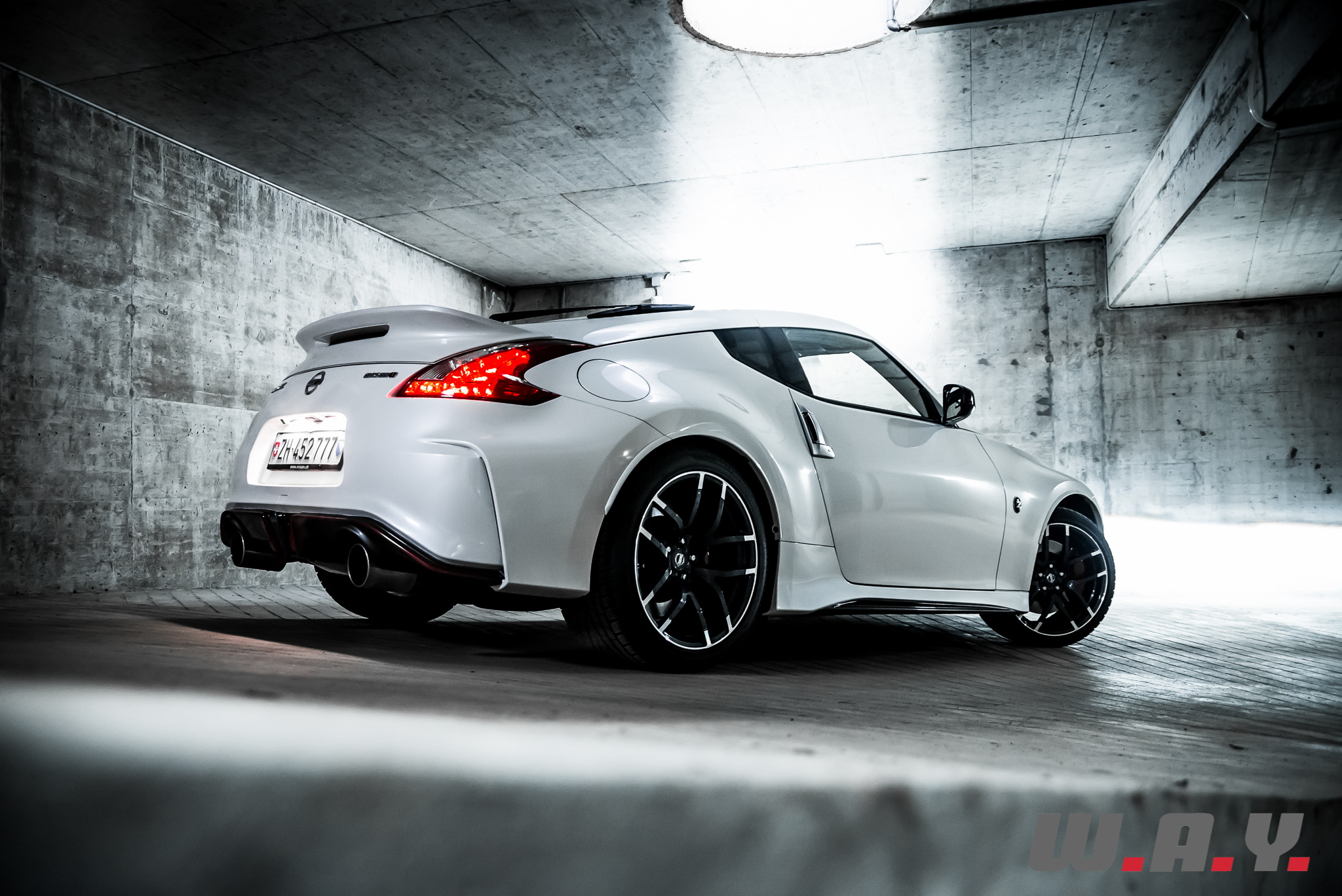 essai nissan 370z nismo affaire pour puriste wheels and. Black Bedroom Furniture Sets. Home Design Ideas