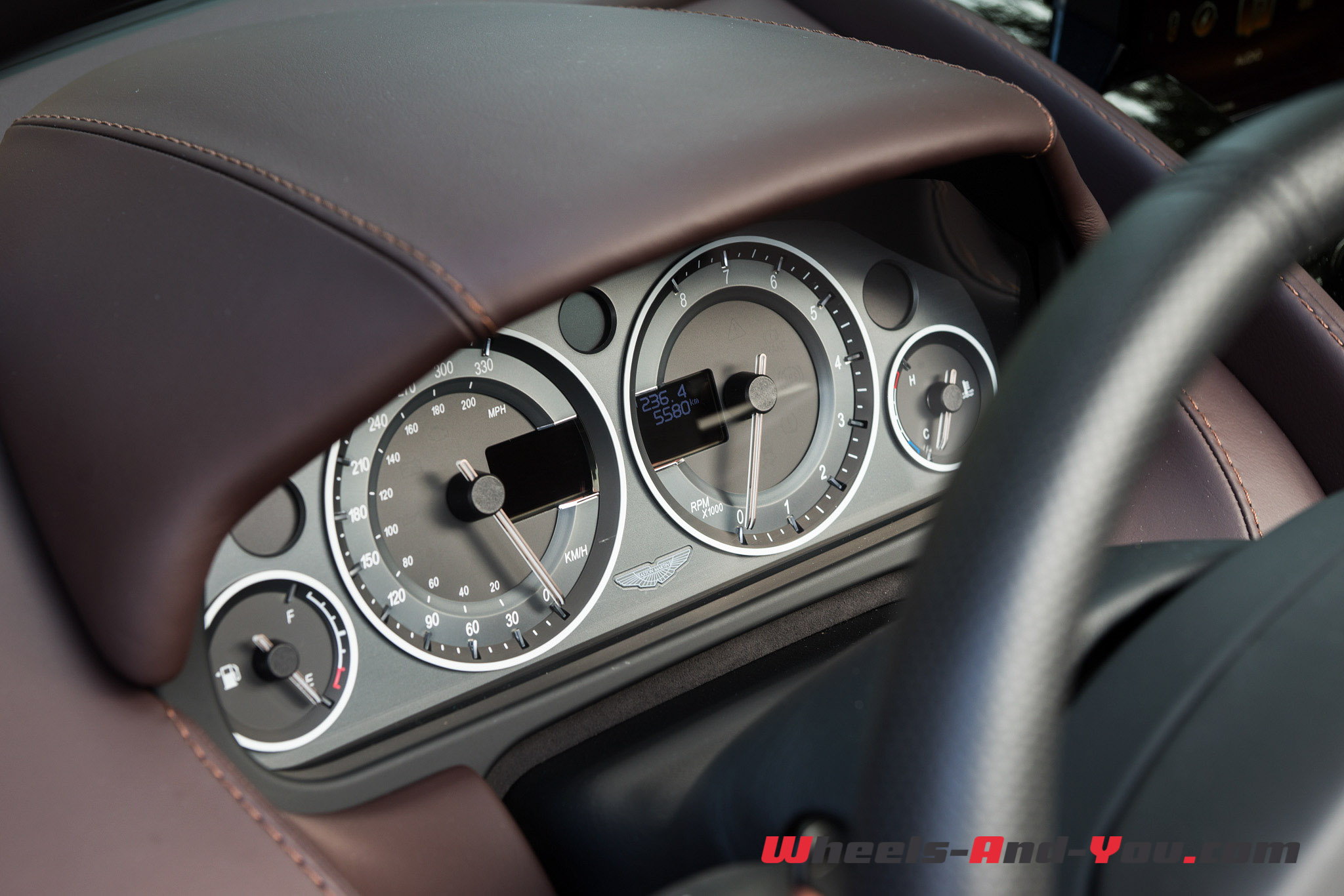 AMV12S Roadster-1