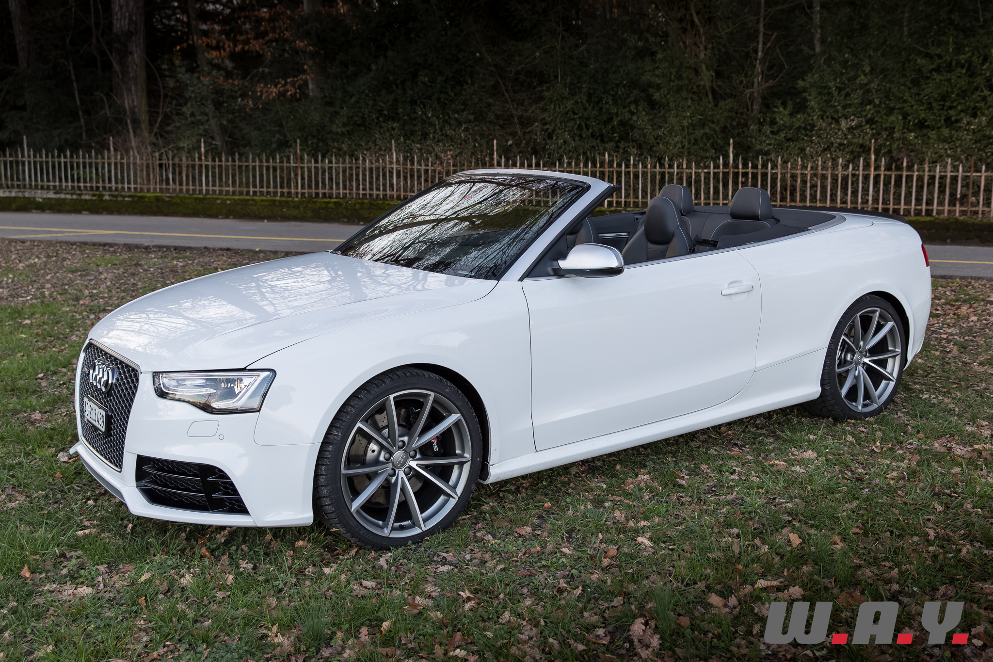 AudiRS5Cabriolet-12