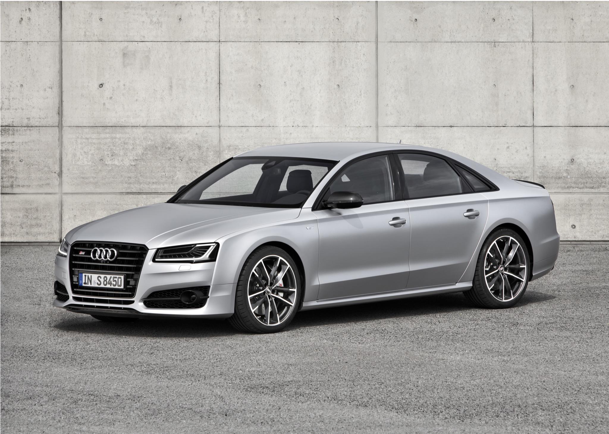 AudiS8plus 01