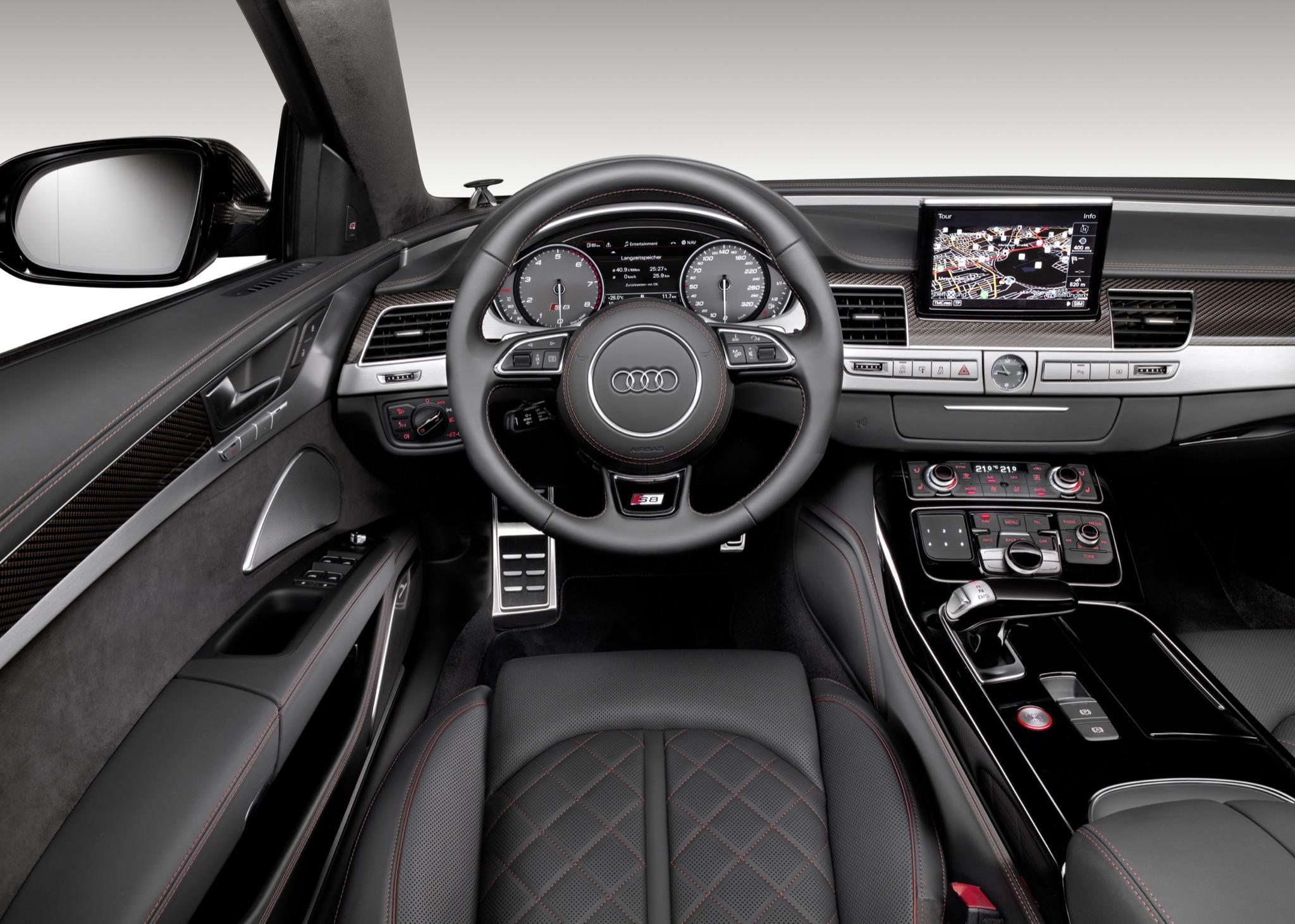 AudiS8plus 05