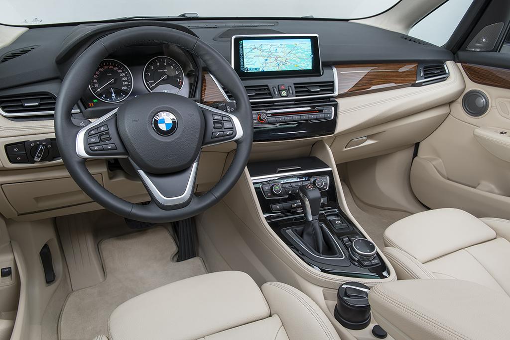 BMW2SeriesActiveTourer 03