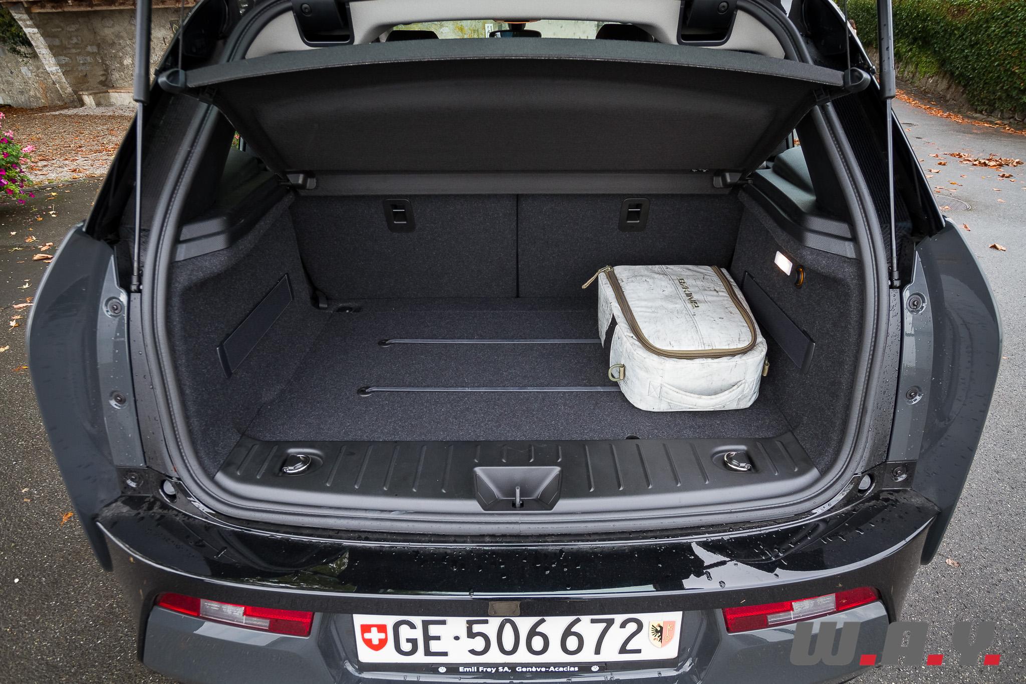 BMWi3-38
