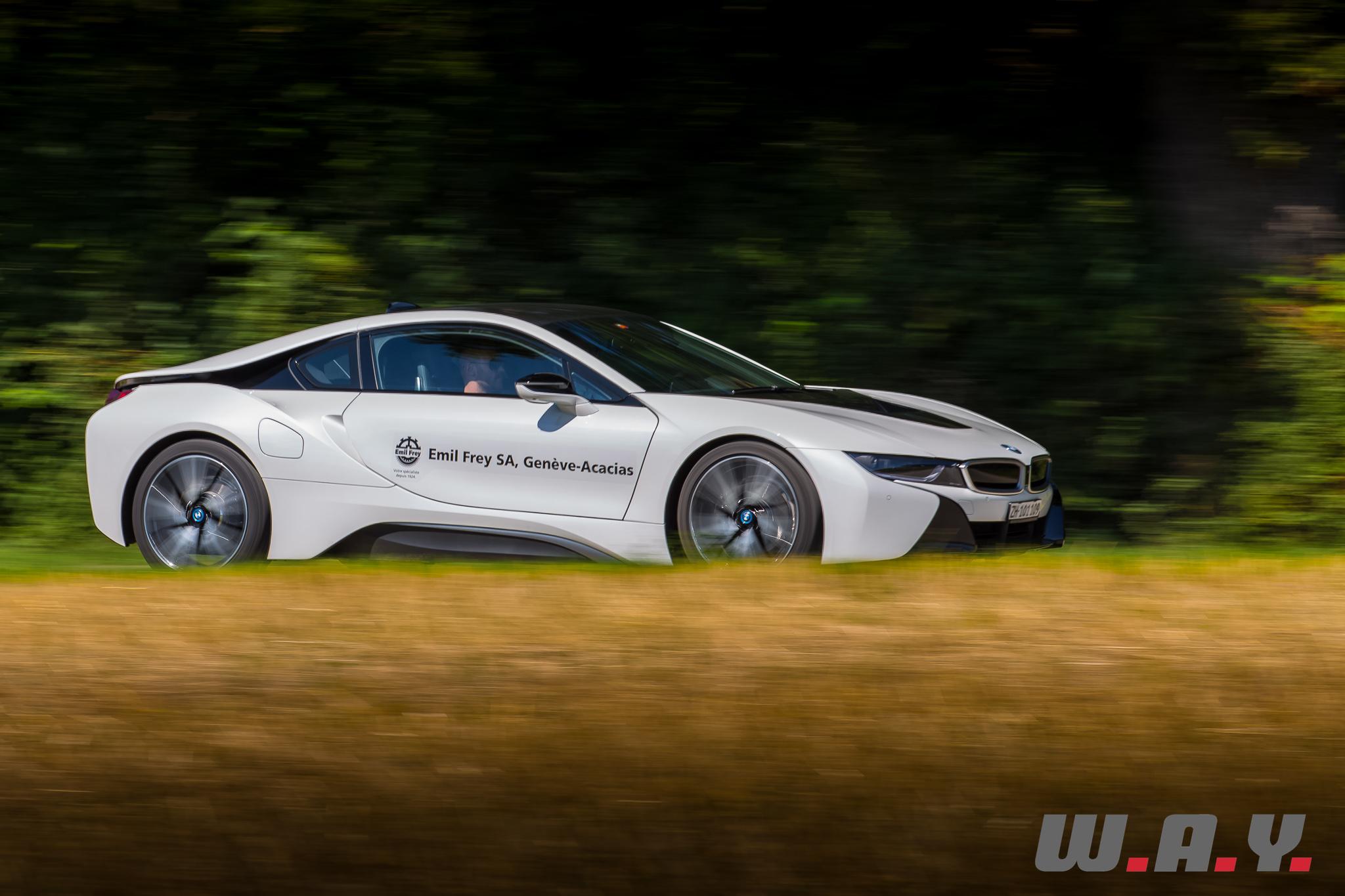 BMWi8-19
