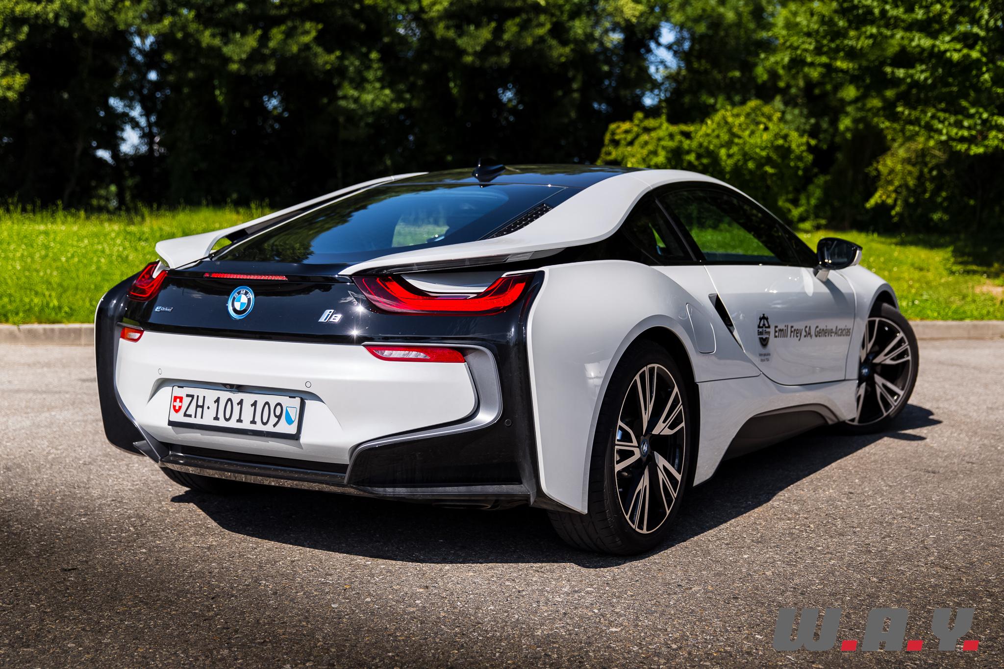 BMWi8-31