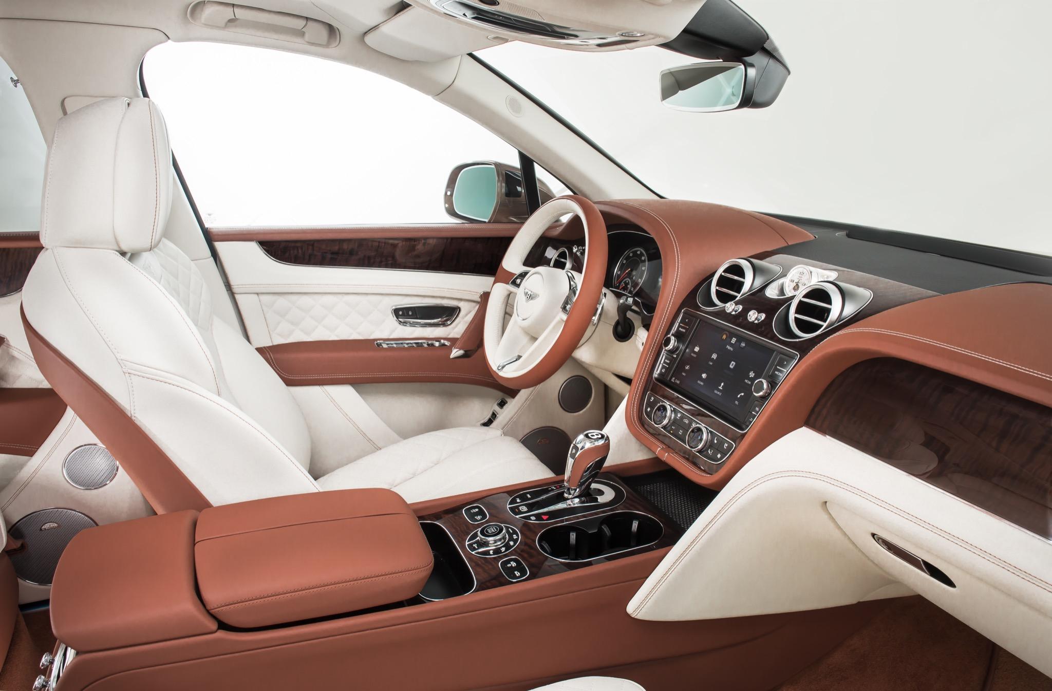 BentleyBentayga 05