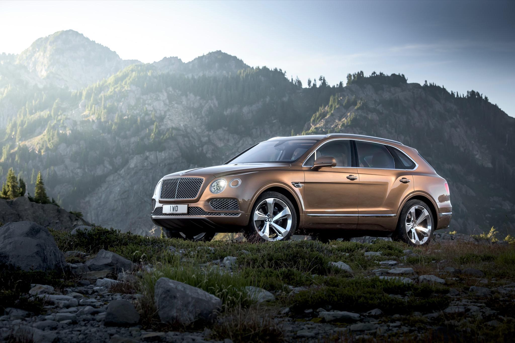 BentleyBentayga 10