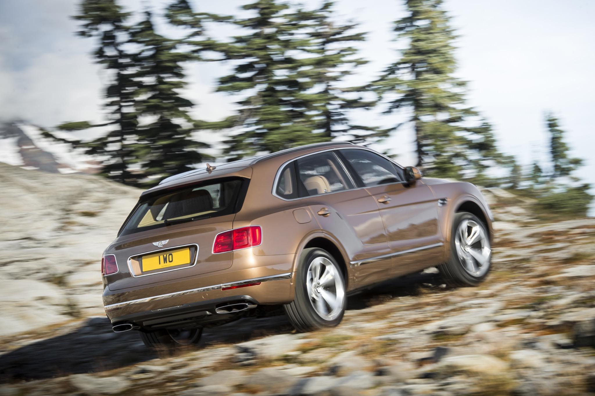BentleyBentayga 11