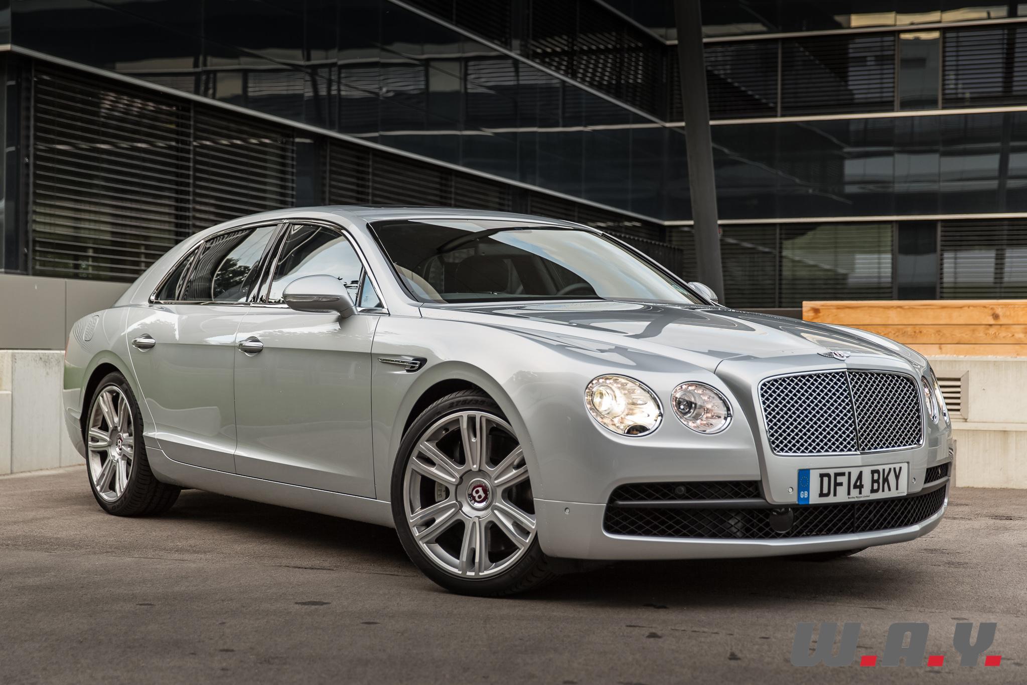 BentleyFlyingSpurV8-27