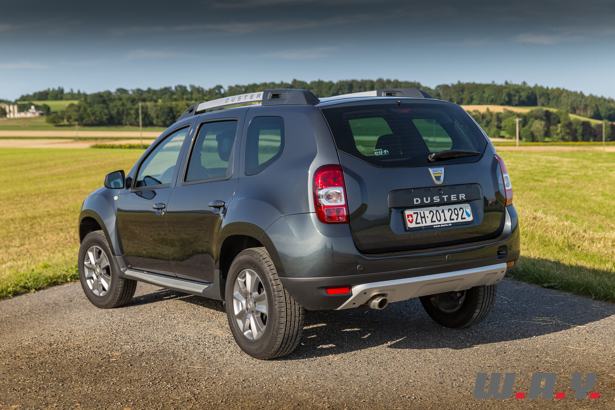 essai dacia duster dci 110 4 4 le tout terrain low cost wheels and. Black Bedroom Furniture Sets. Home Design Ideas