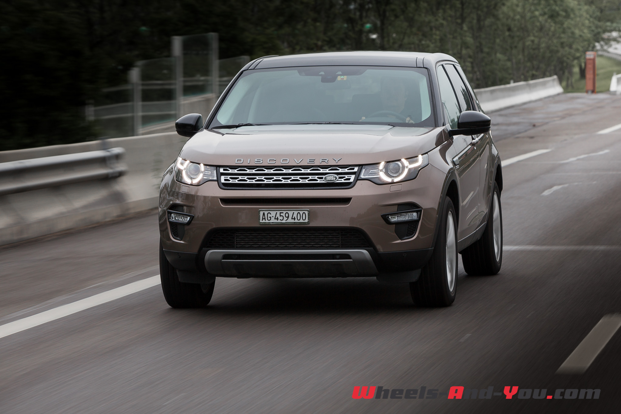 Discovery-Sport-50