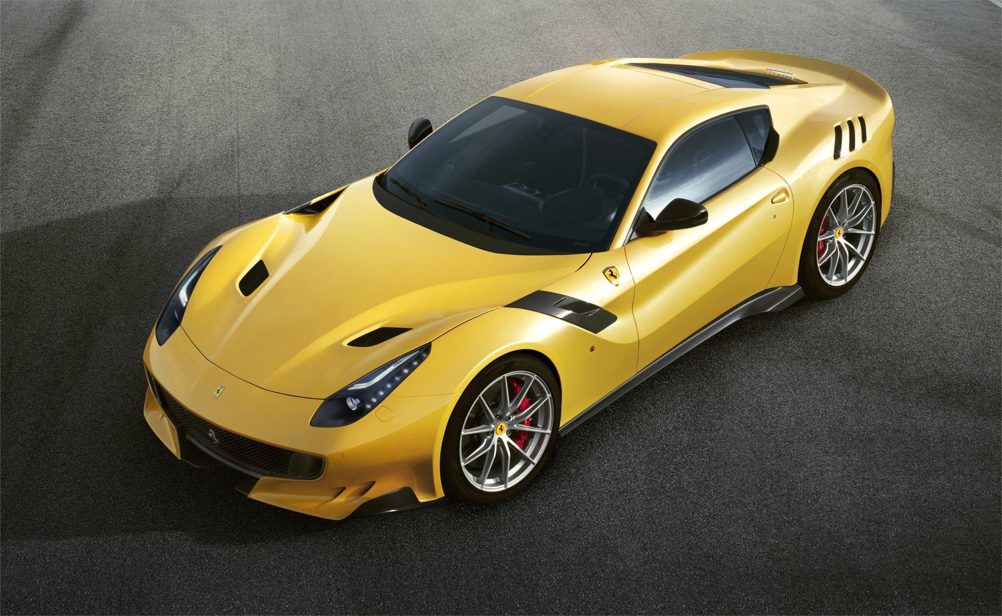 FerrariF12tdf 01