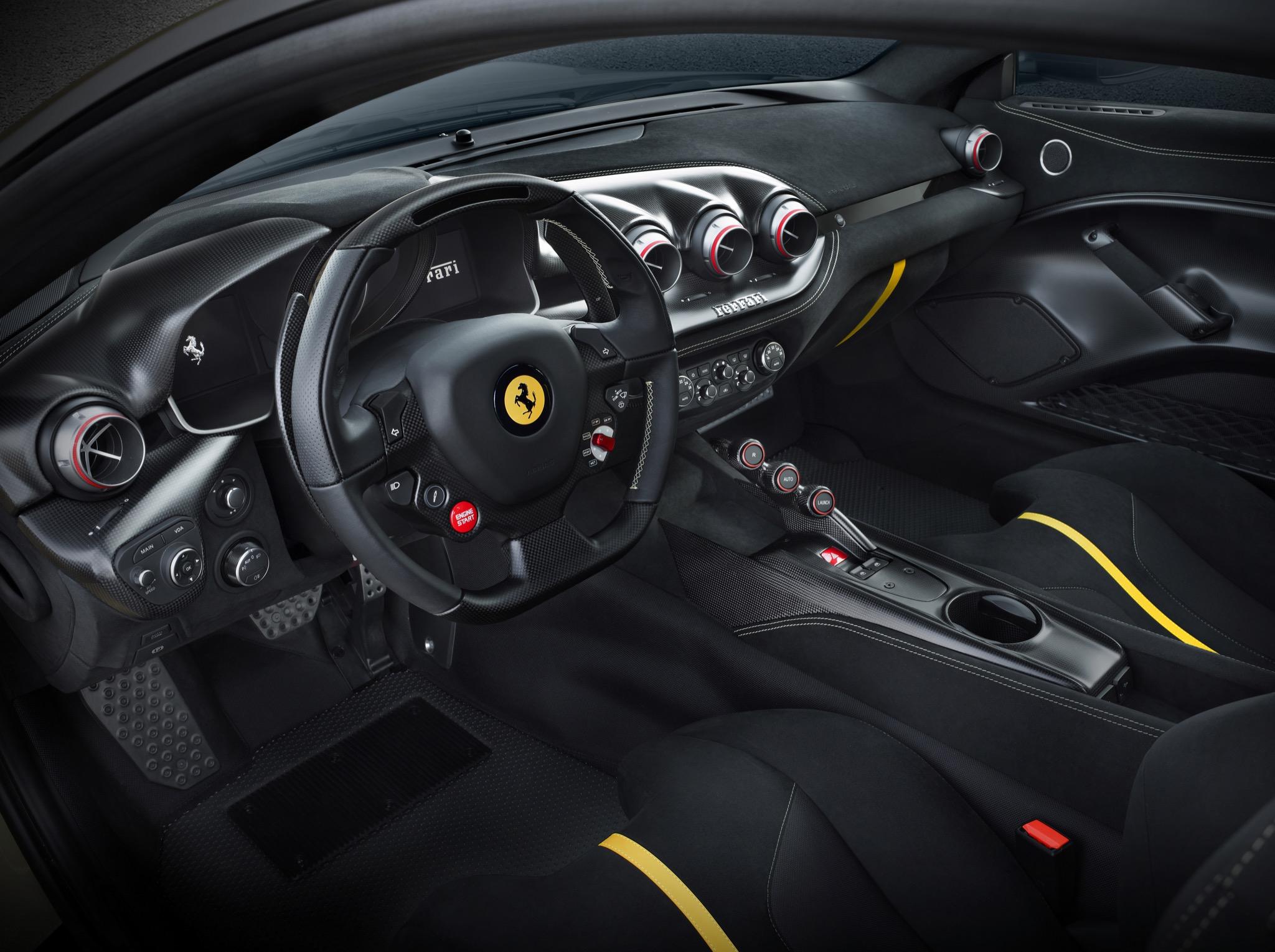 FerrariF12tdf 03