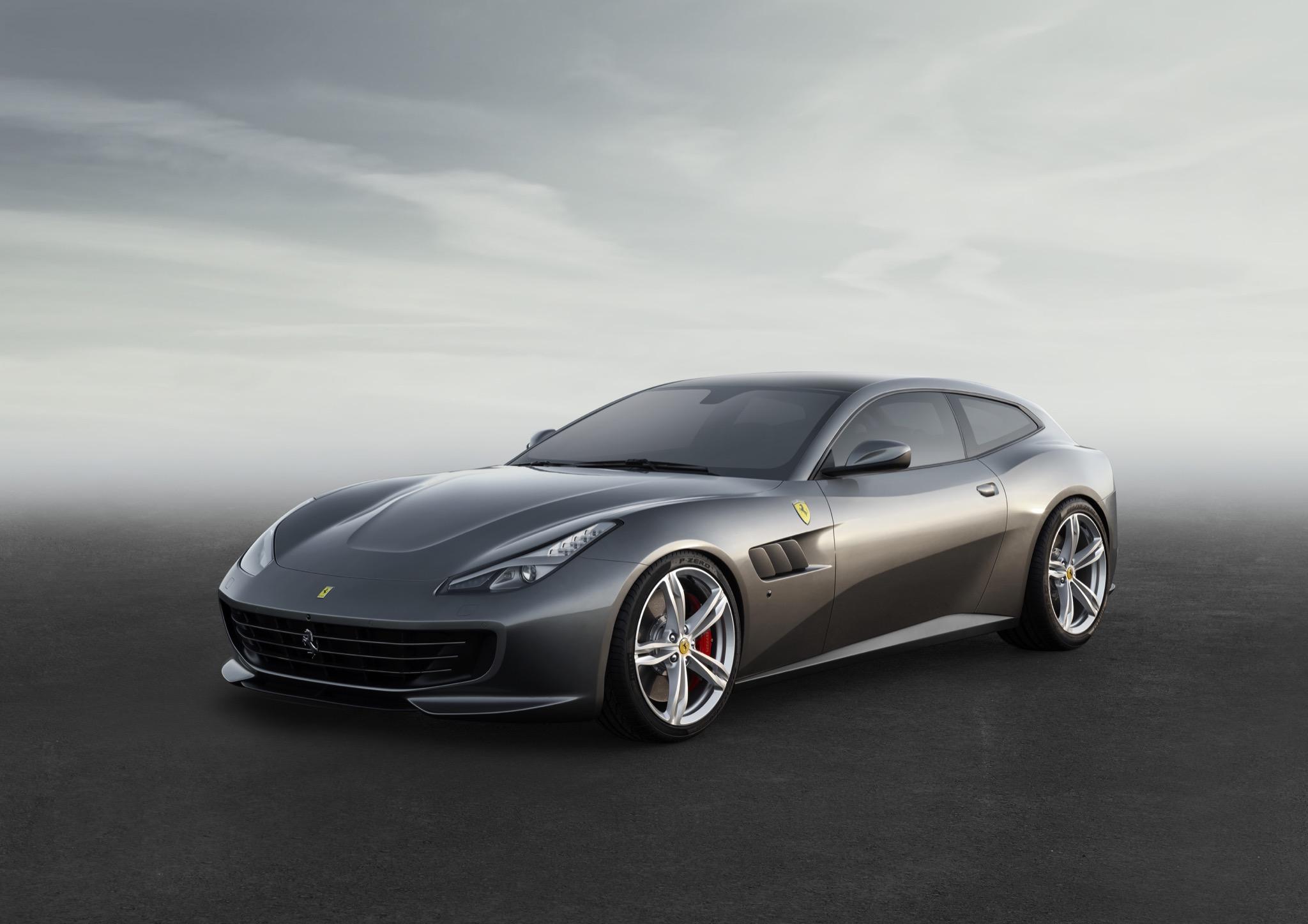 FerrariGTC4Lusso 01