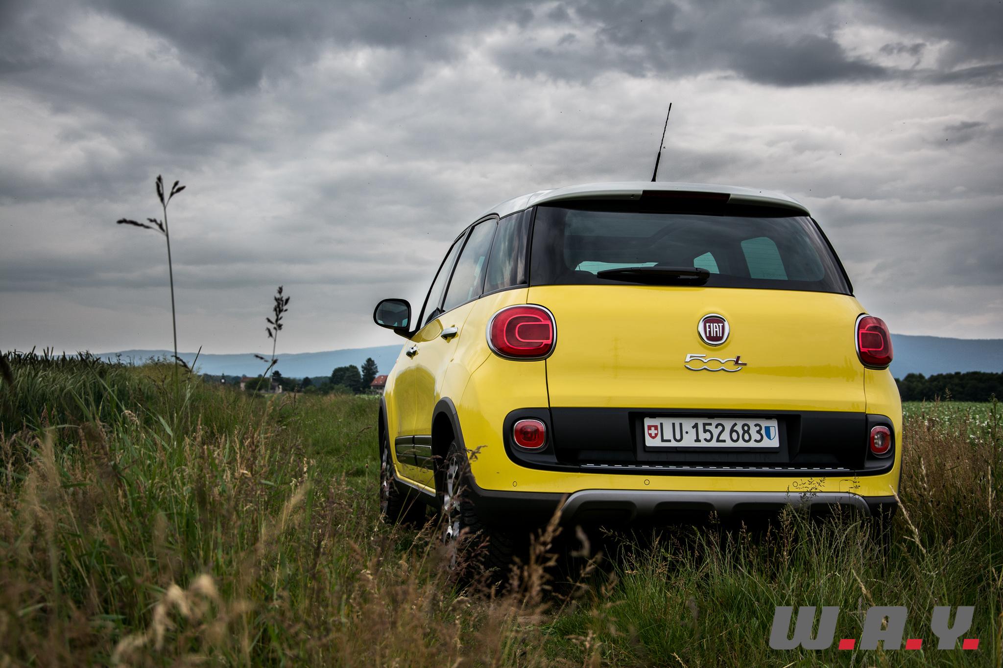 Fiat500LTrekking-12
