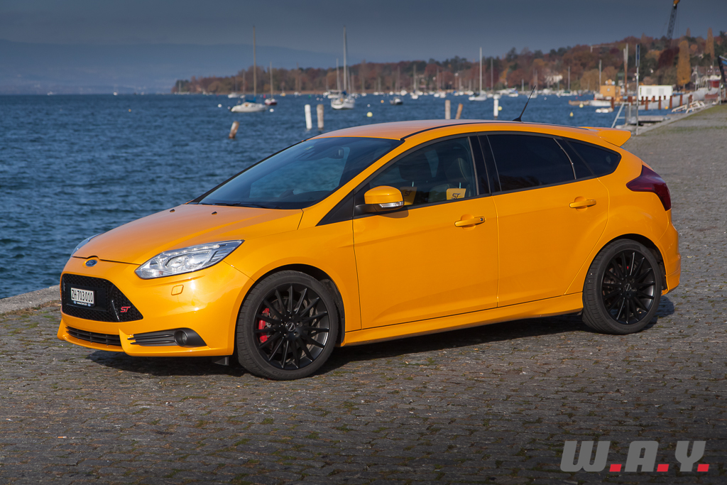 essai ford focus st a la conqu te du monde wheels and. Black Bedroom Furniture Sets. Home Design Ideas