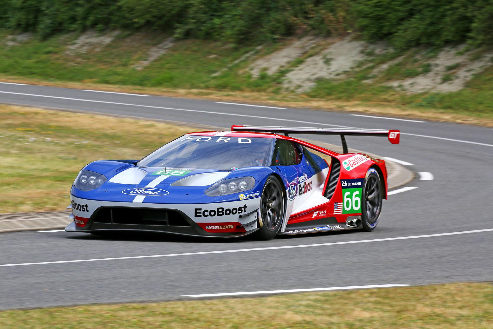 FordGTRaceCar 08