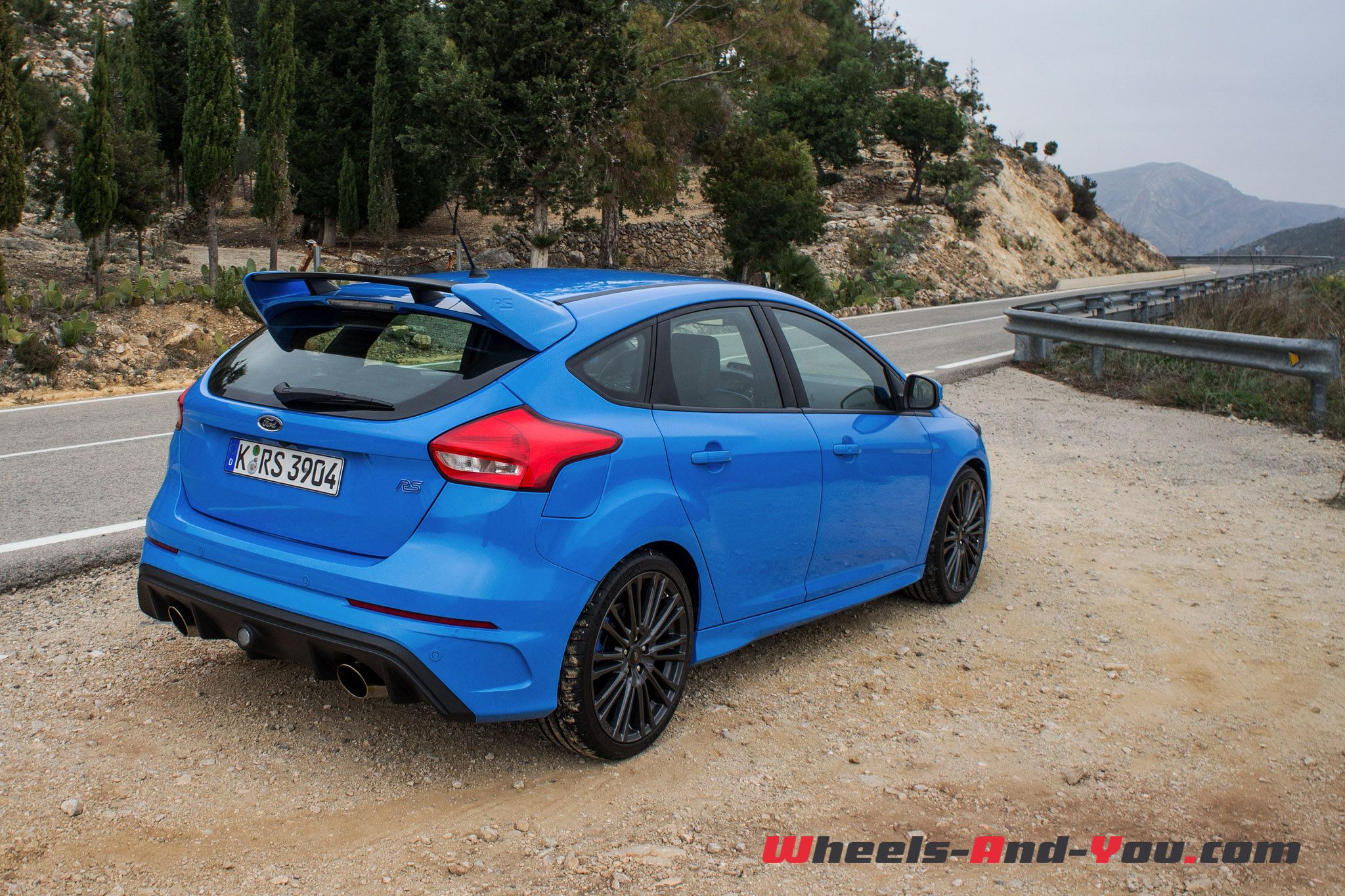 Ford Focus RS-12
