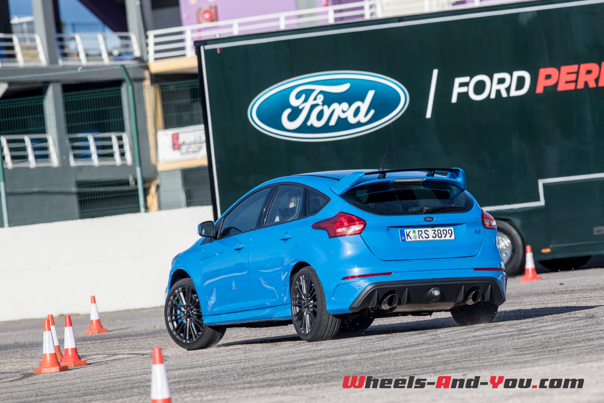 Ford Focus RS-23