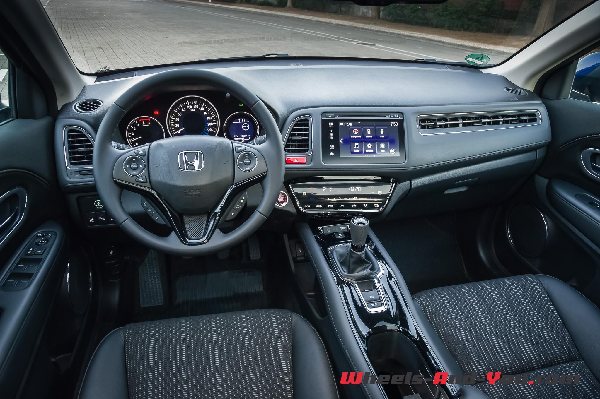 HondaHRV 07
