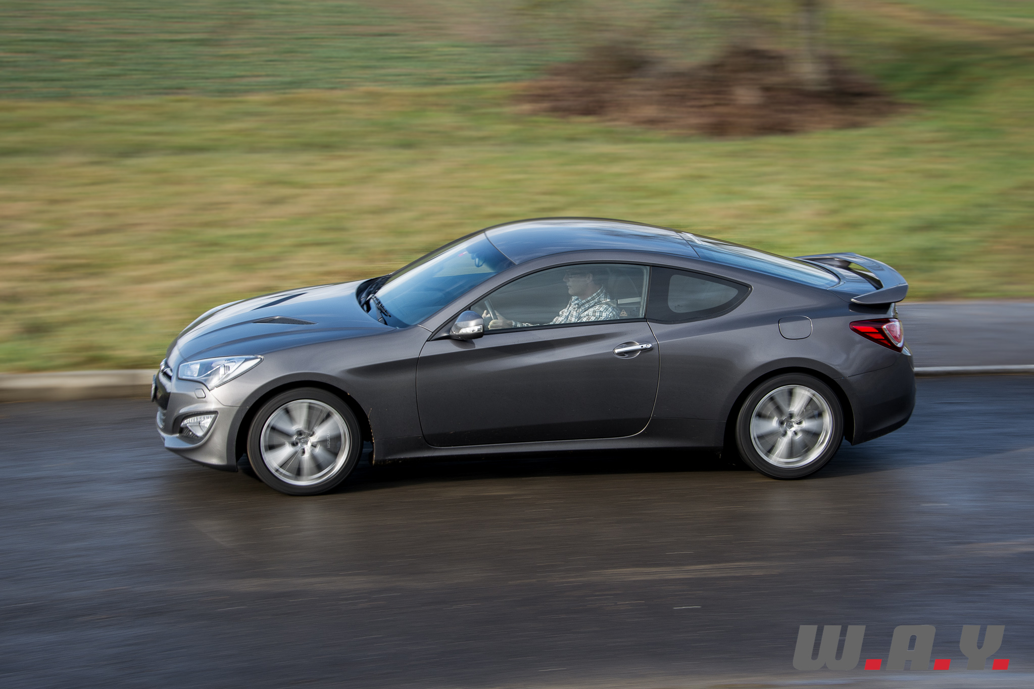 cars speed coup car dropped genesis top for coupe hyundai news