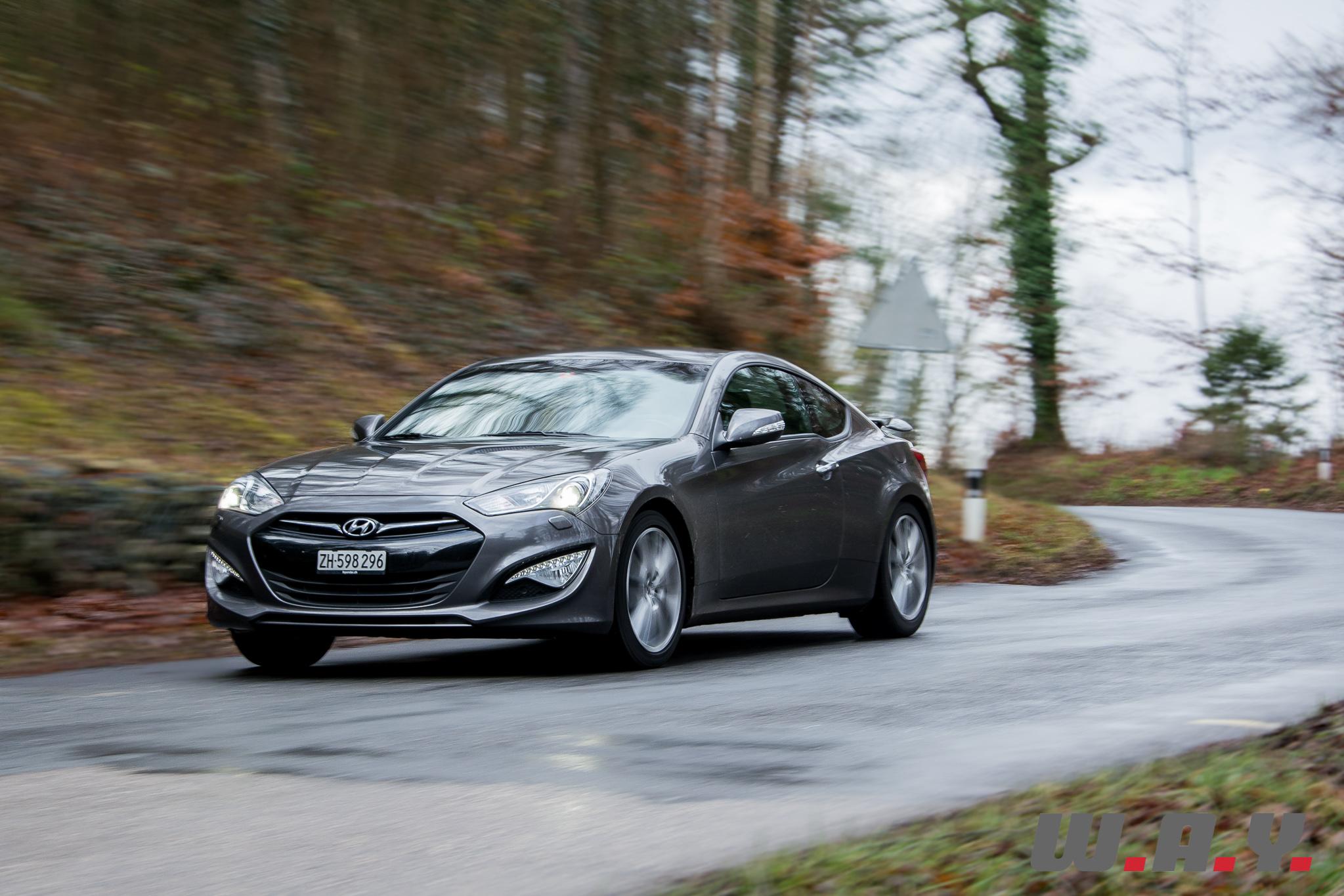 HyundaiGenesis-Coupe-1