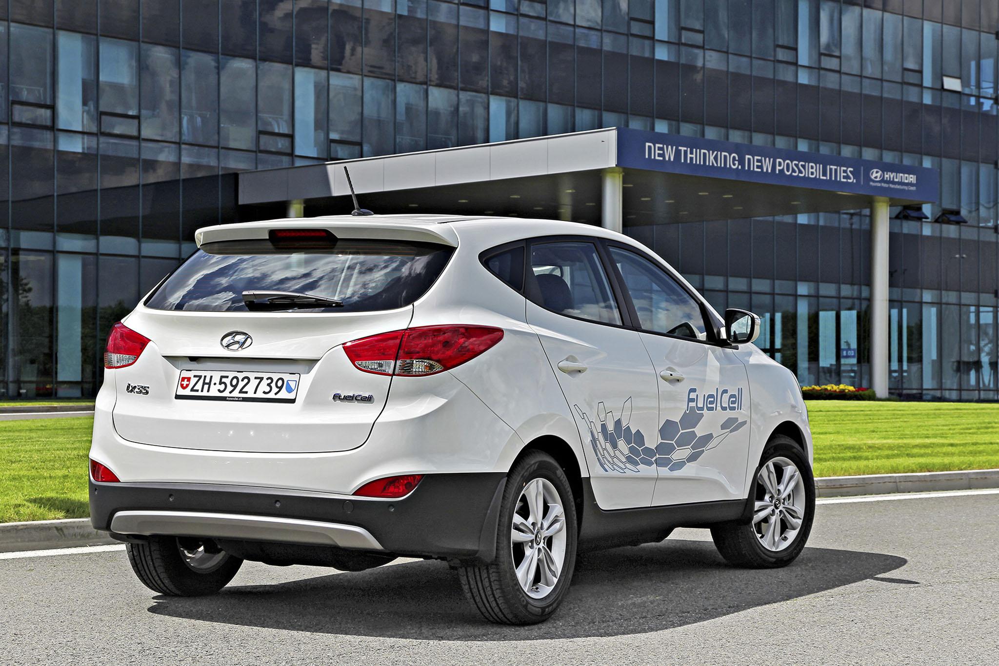 HyundaiIX35FuelCell 02