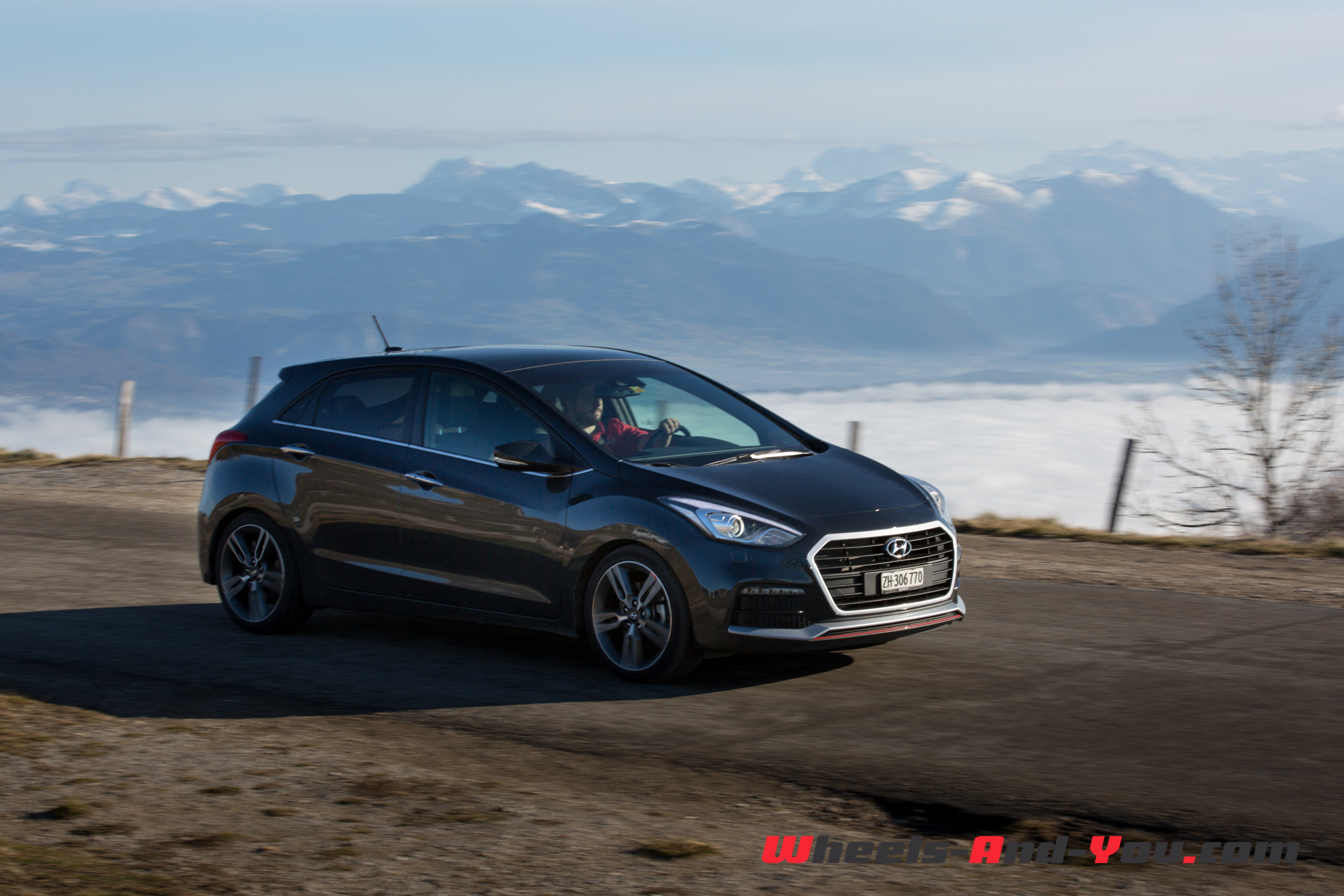 Hyundai i30turbo-15