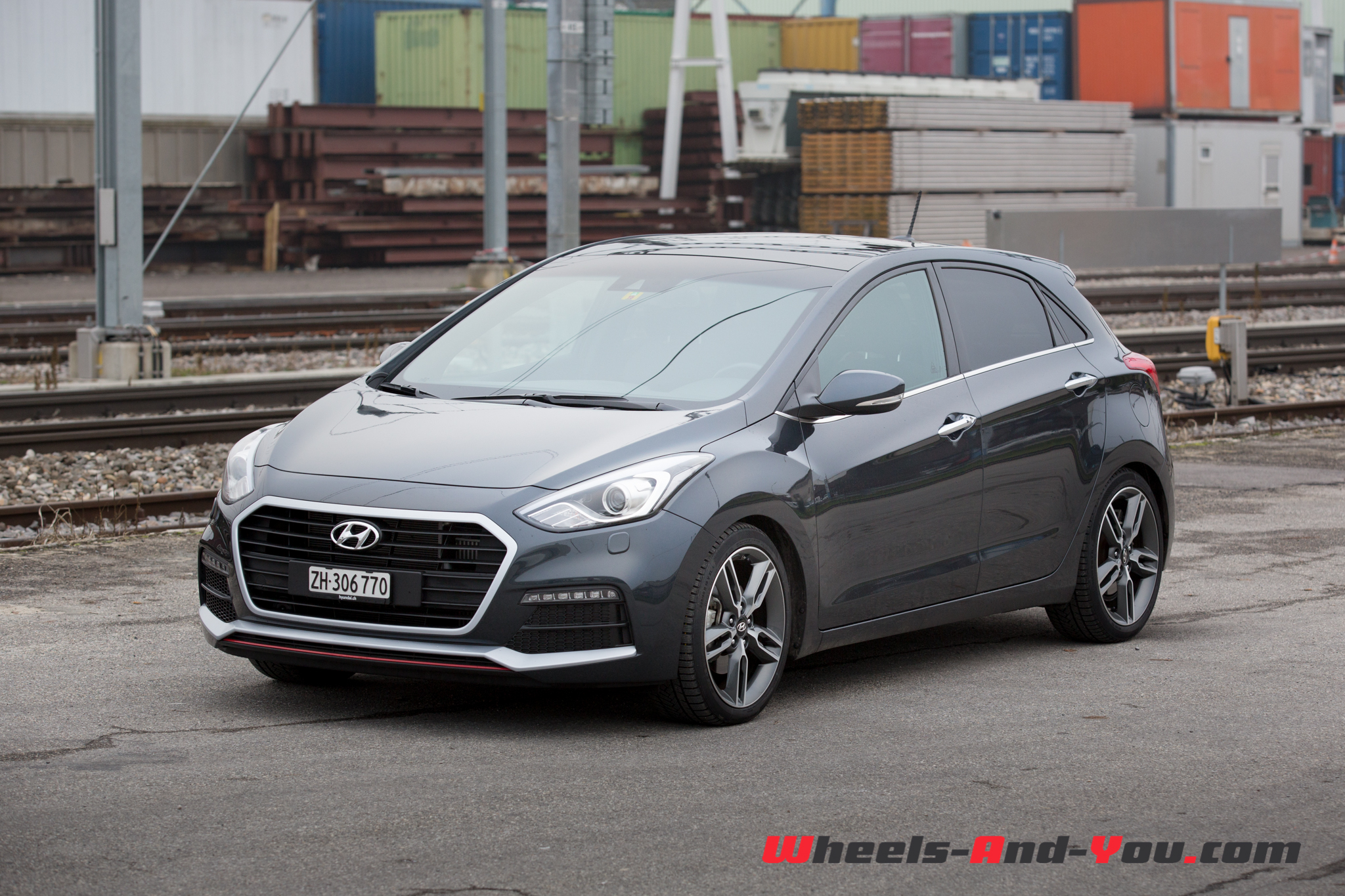 Hyundai i30turbo-5