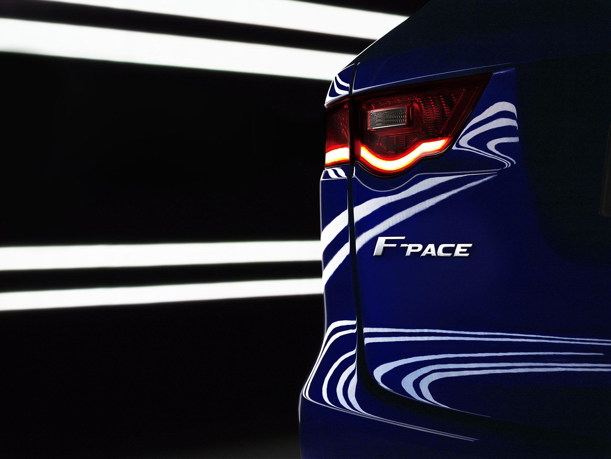JaguarFPace 01