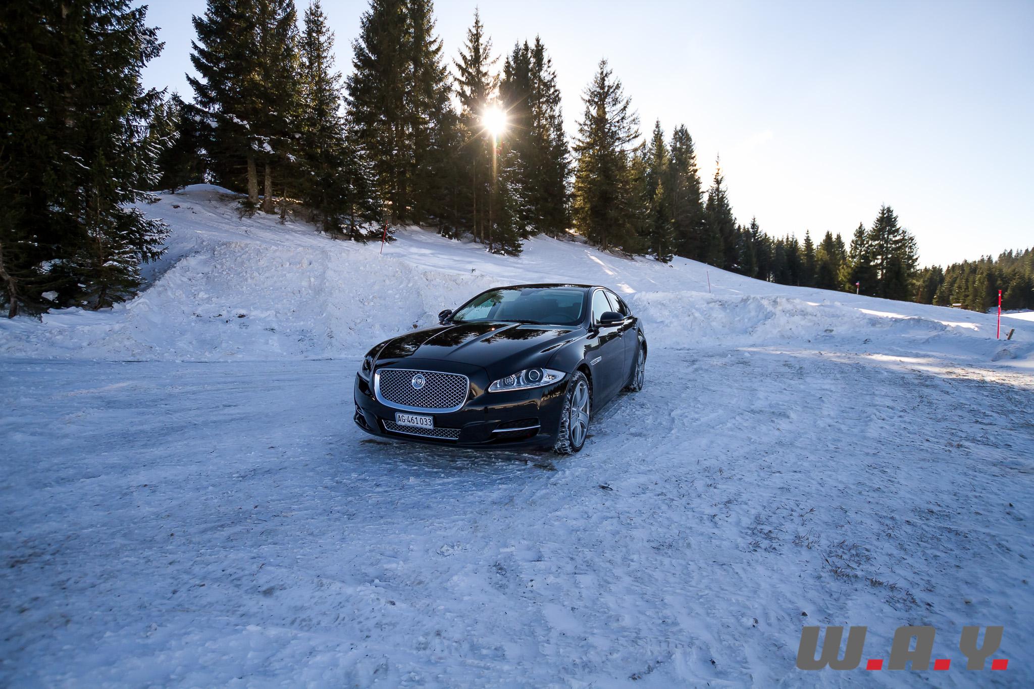 JaguarXJSCAWD-1