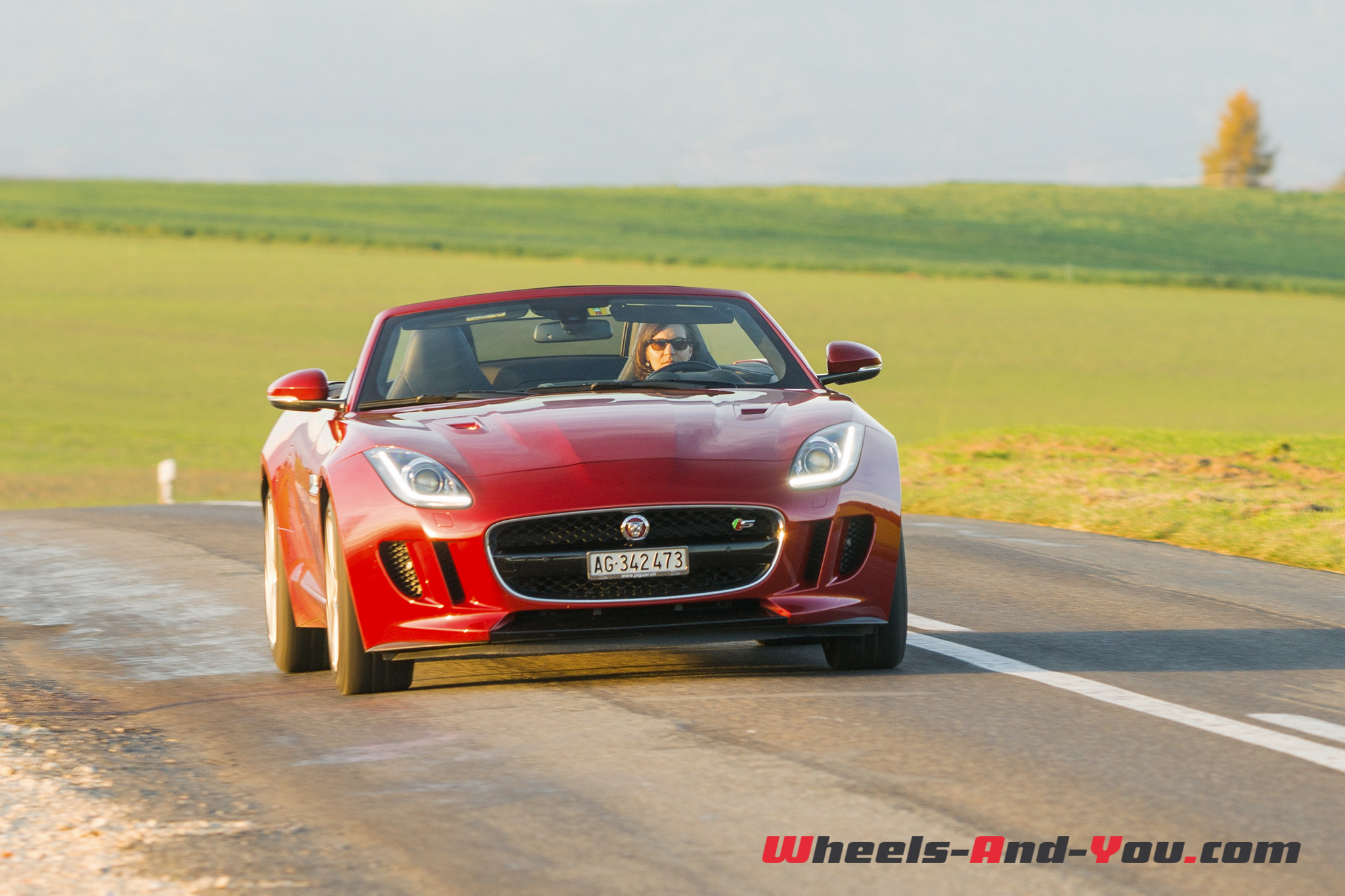 Jaguar F-Type S AWD-34