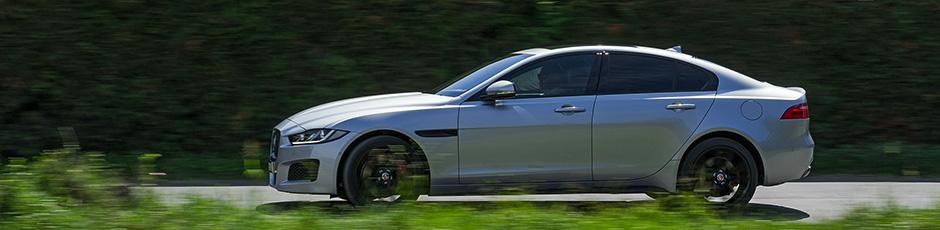 Jaguar XE-banner
