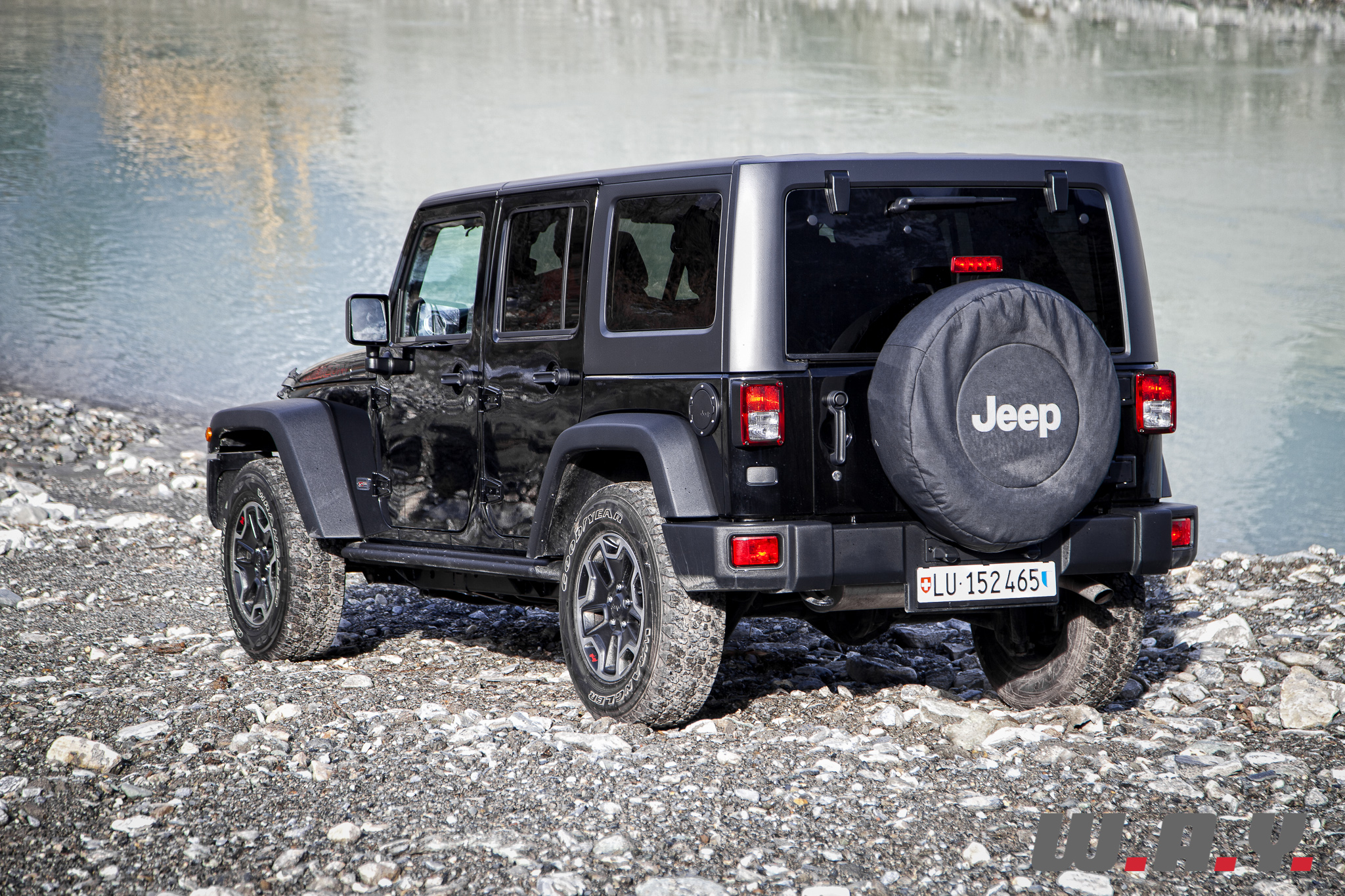 essai jeep wrangler v6 3 6 le dernier des mohicans wheels and. Black Bedroom Furniture Sets. Home Design Ideas