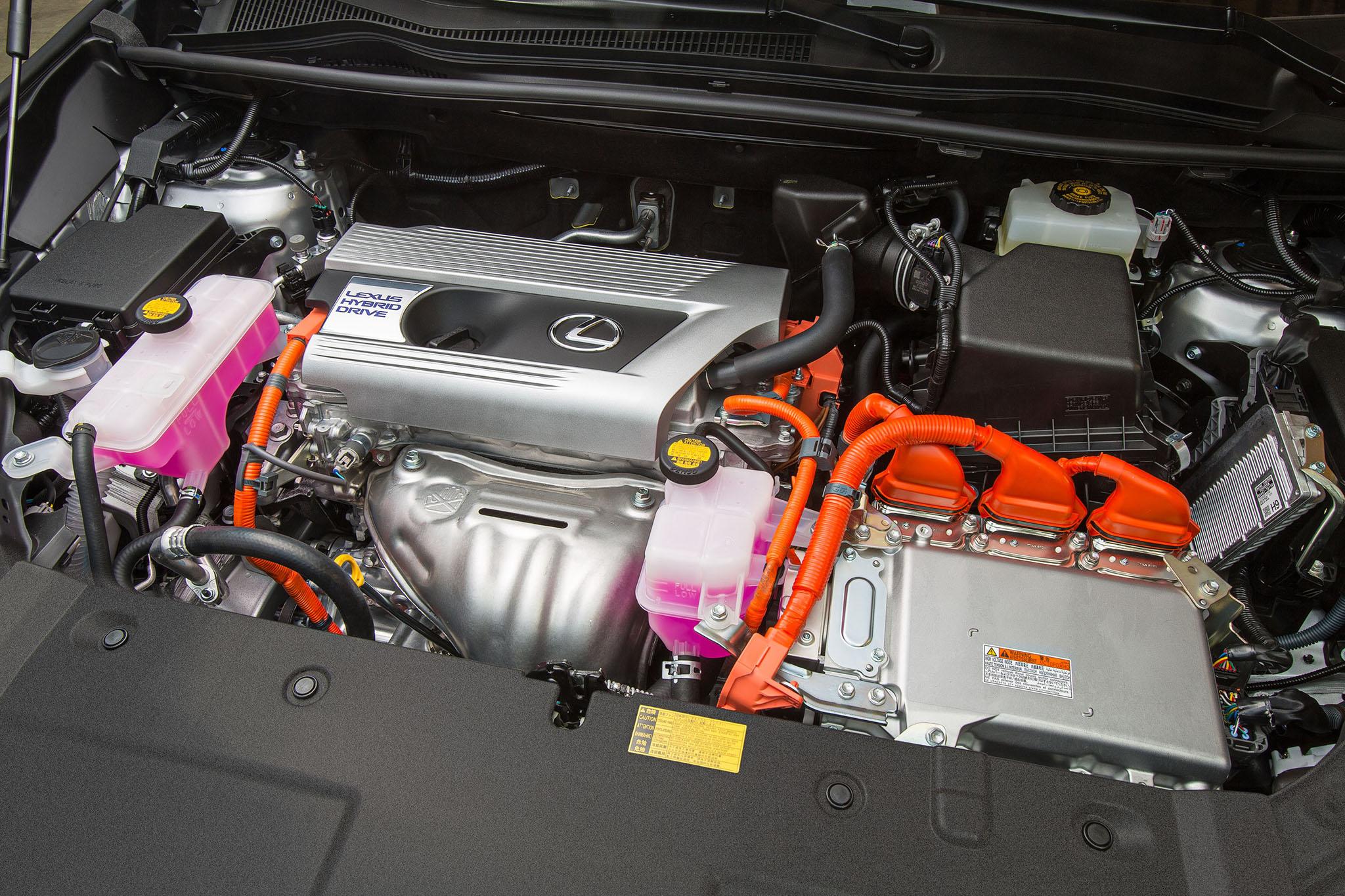 LexusNX 08
