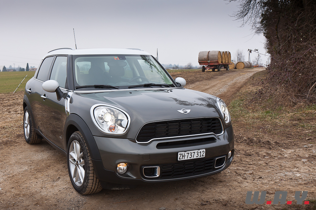 essai mini countryman cooper s all4 le crossover bcbg. Black Bedroom Furniture Sets. Home Design Ideas