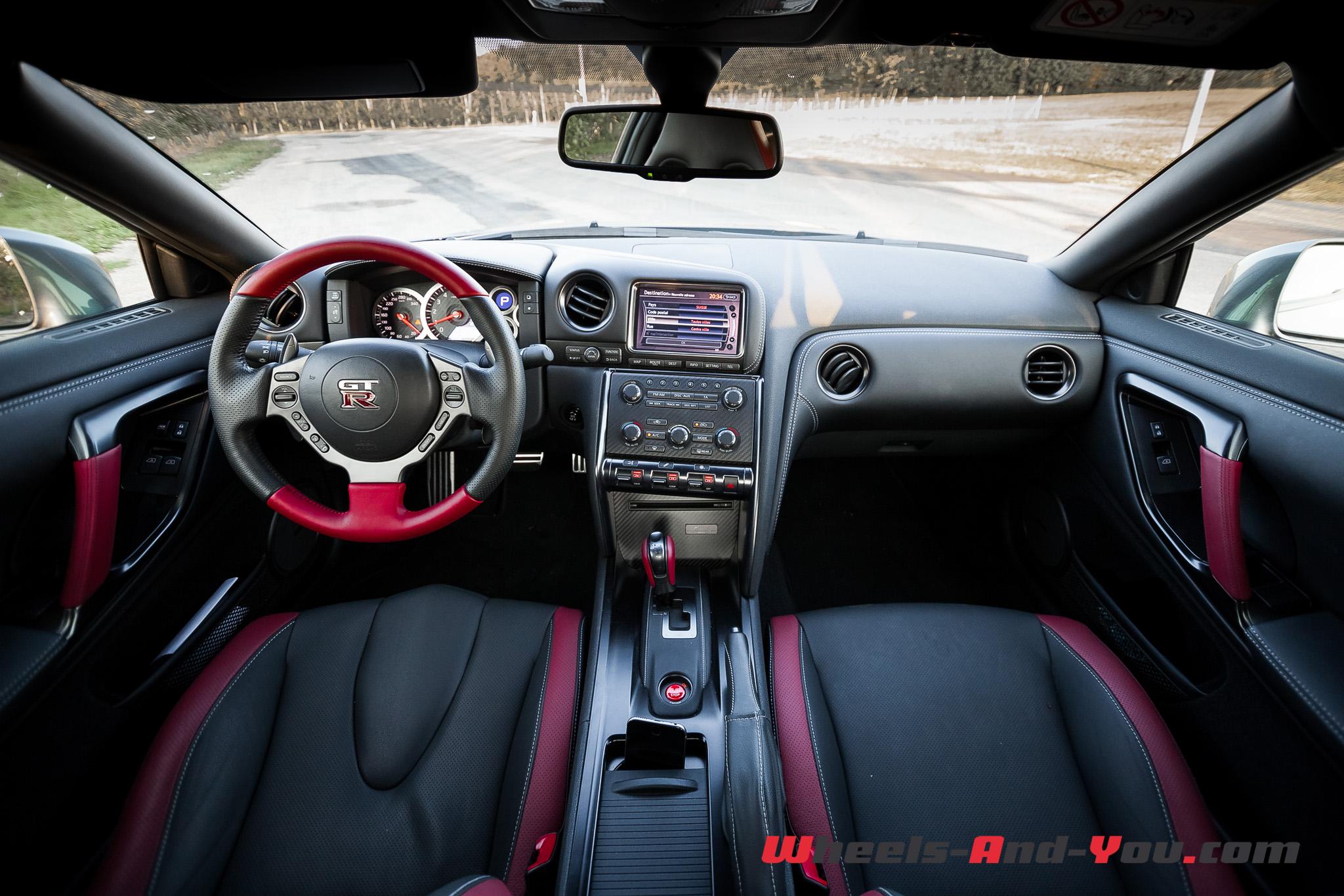 Nissan GTR 11