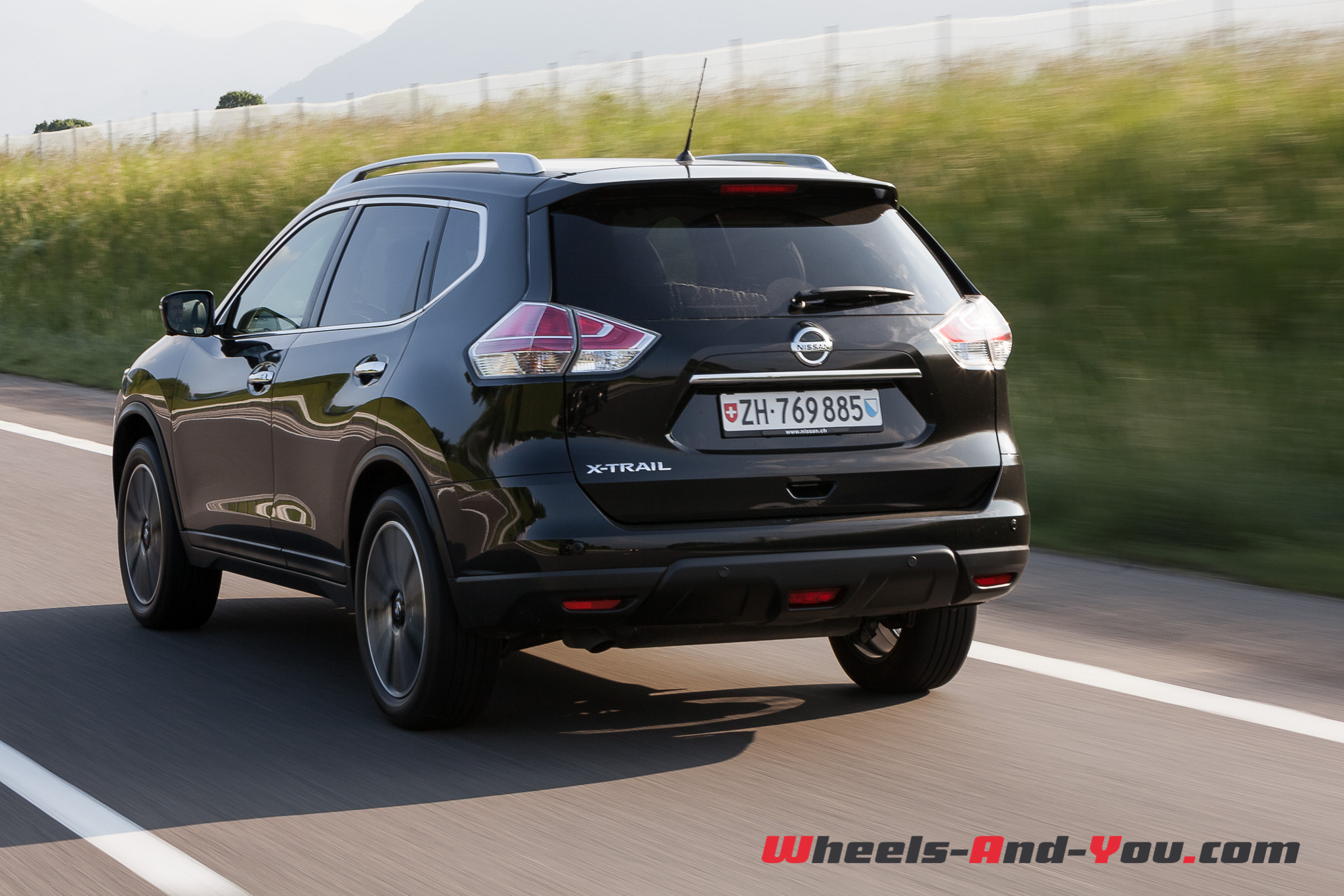 essai nissan x trail le retour d un aventurier en tenue de soir e wheels and. Black Bedroom Furniture Sets. Home Design Ideas