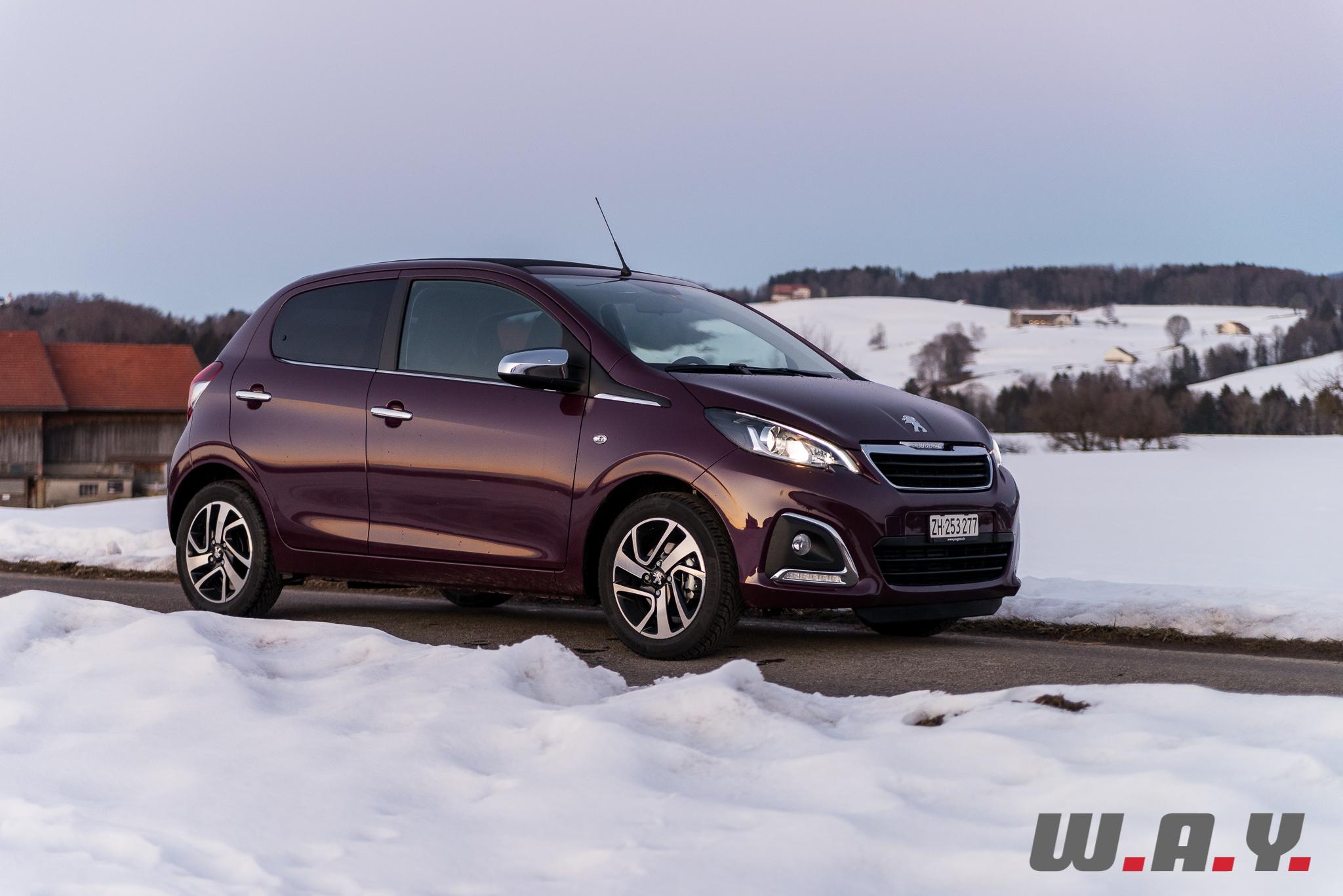 Peugeot108-11