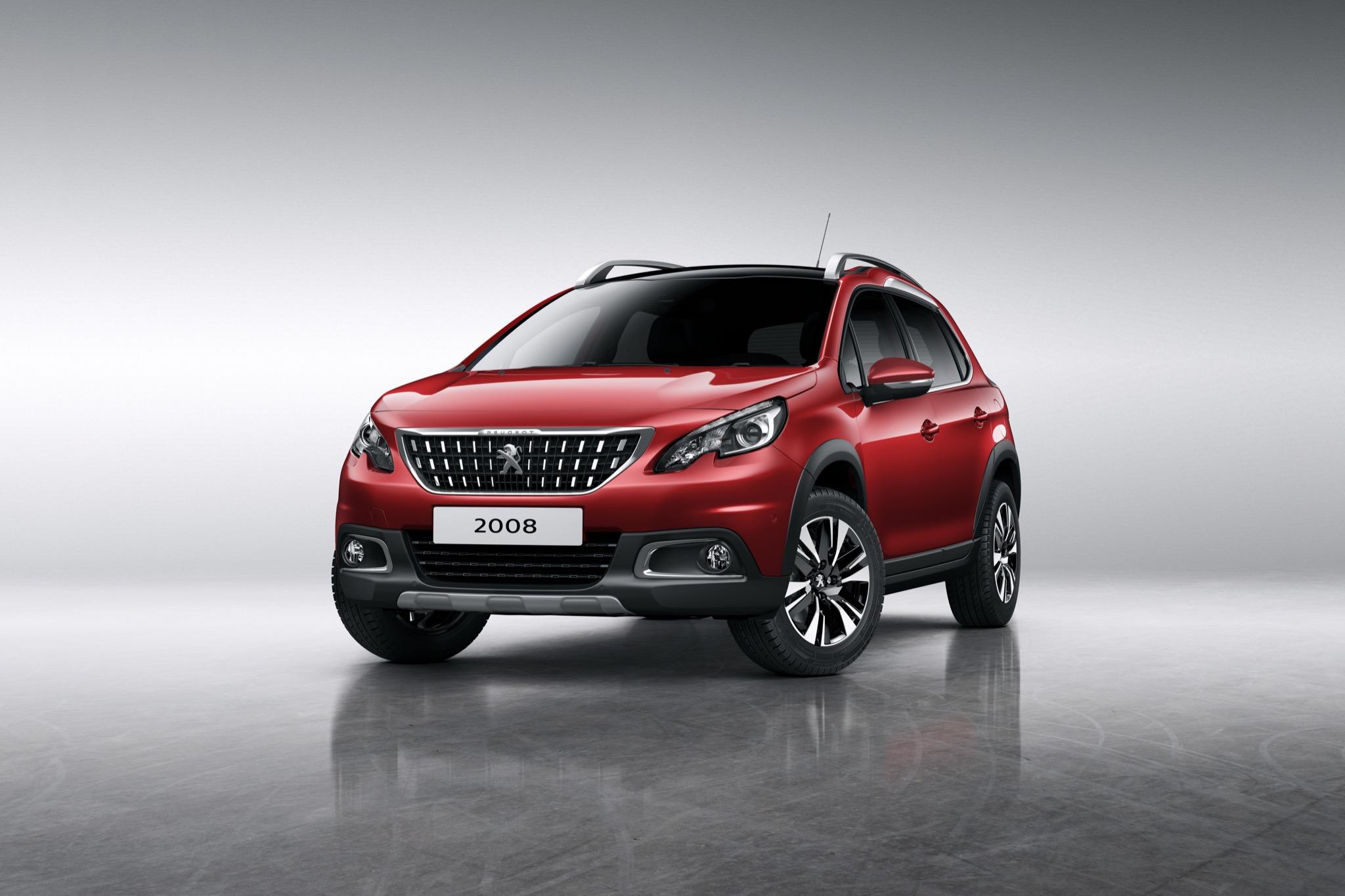 Peugeot2008 MY2016 01