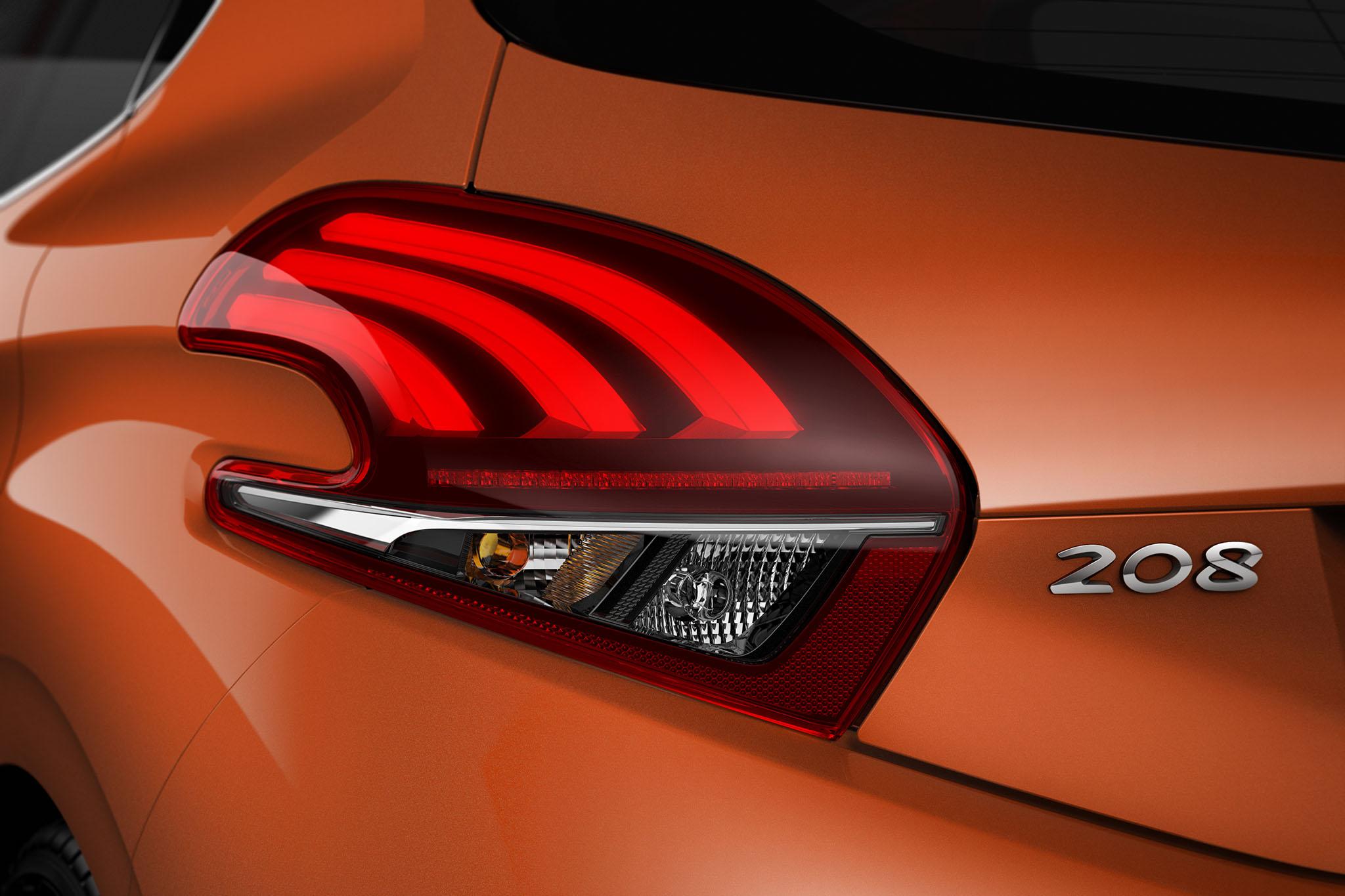 Peugeot208FL 04