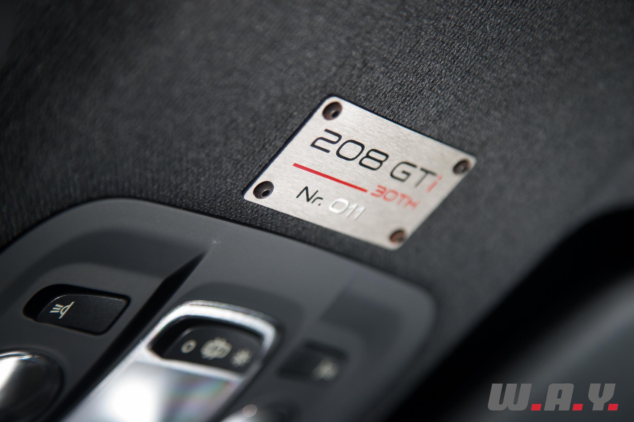 Peugeot208GTI30th-15