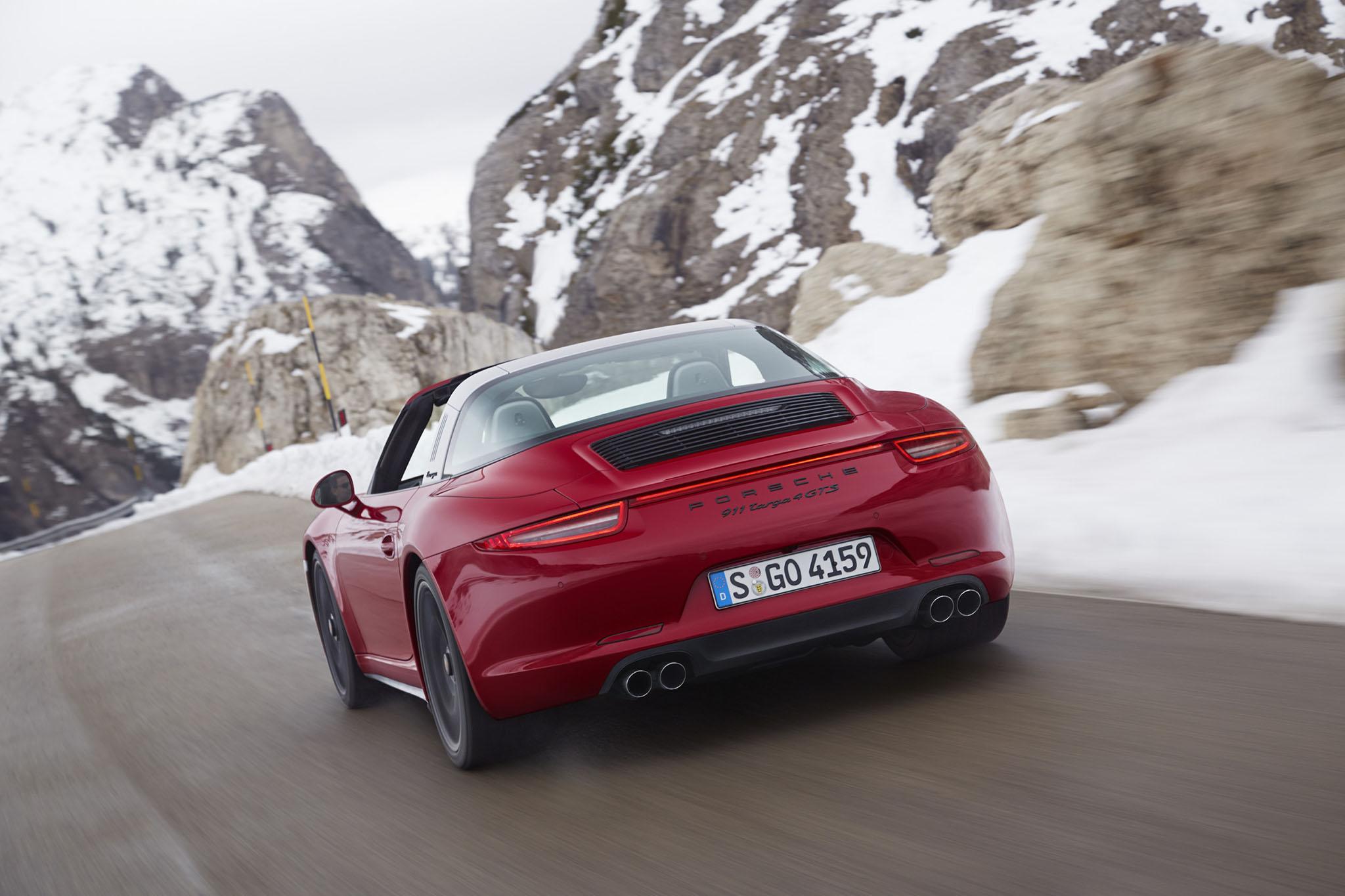 Porsche911Targa4GTS 02