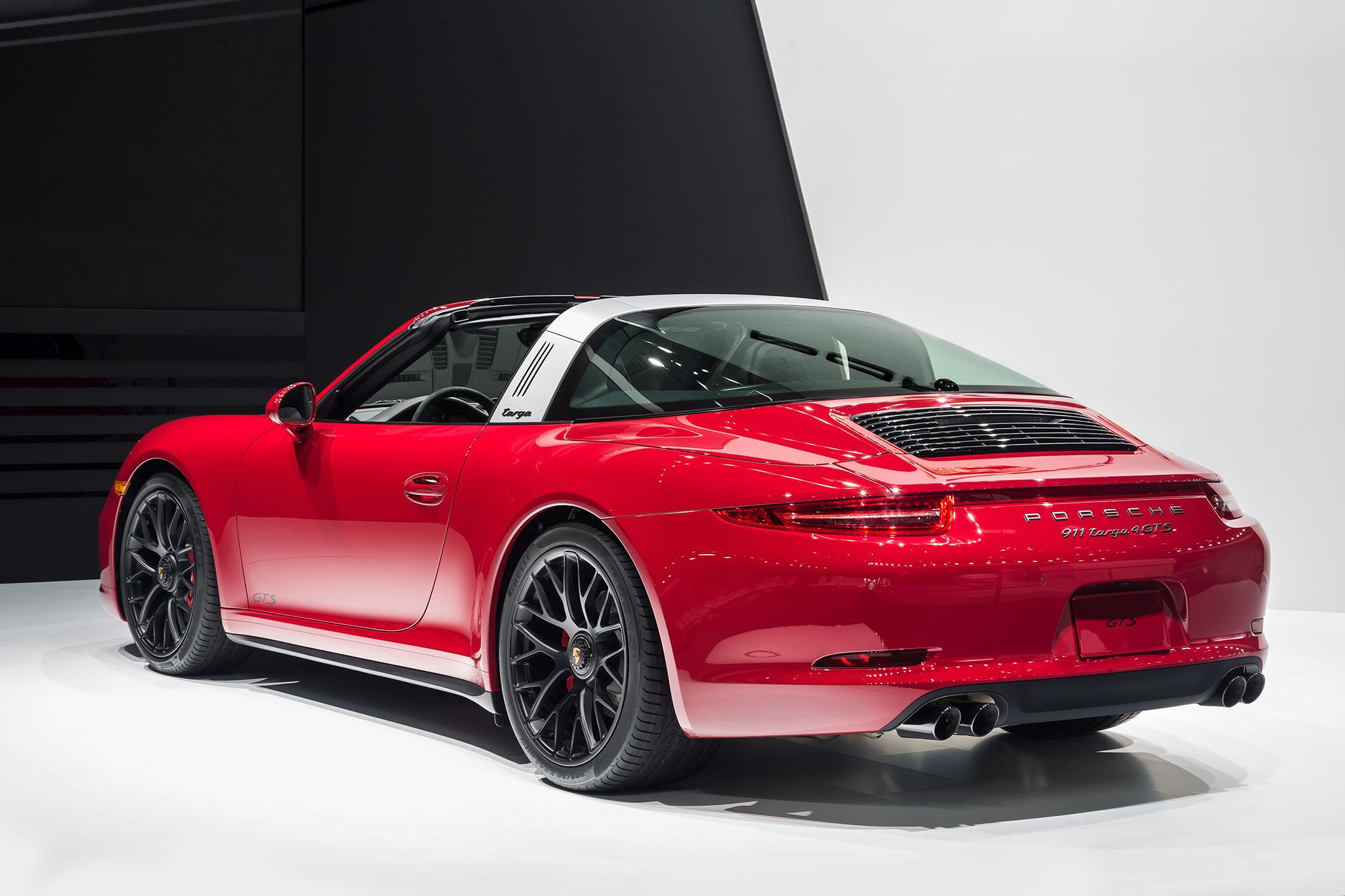 Porsche911Targa4GTS 05