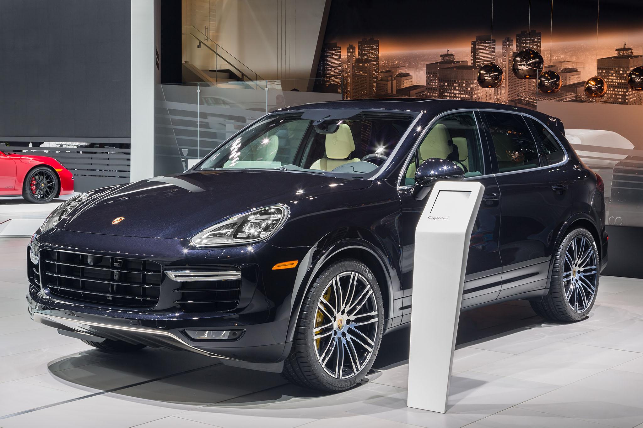 PorscheCayenneTurboS 04