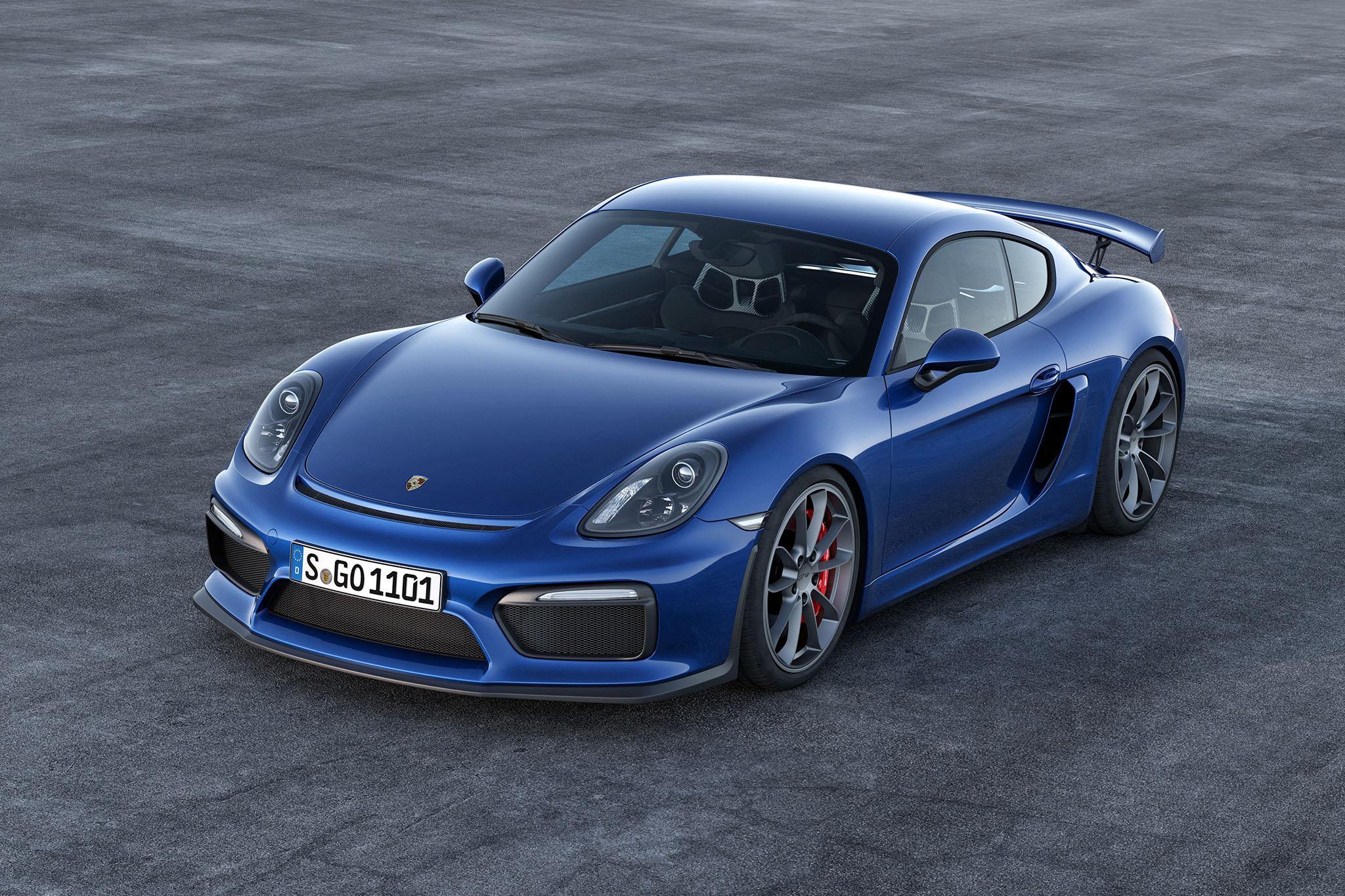 PorscheCaymanGT4 01