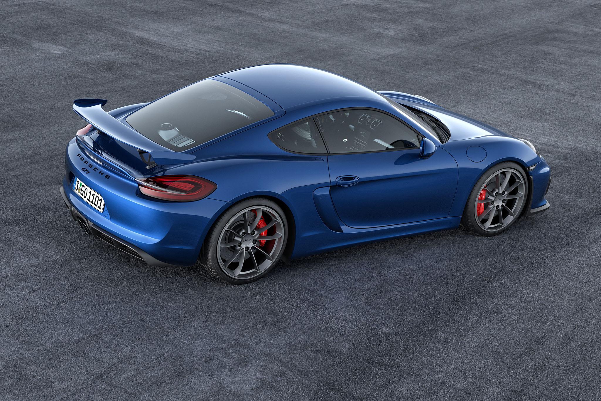 PorscheCaymanGT4 02