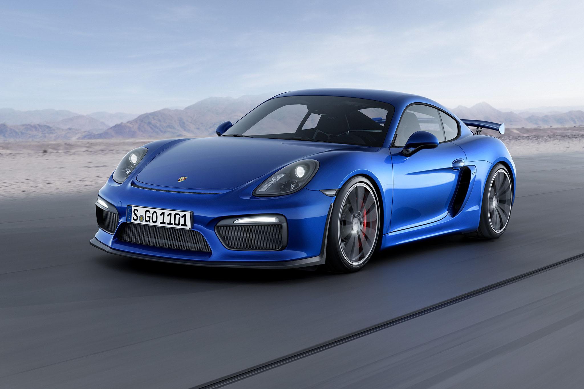 PorscheCaymanGT4 07