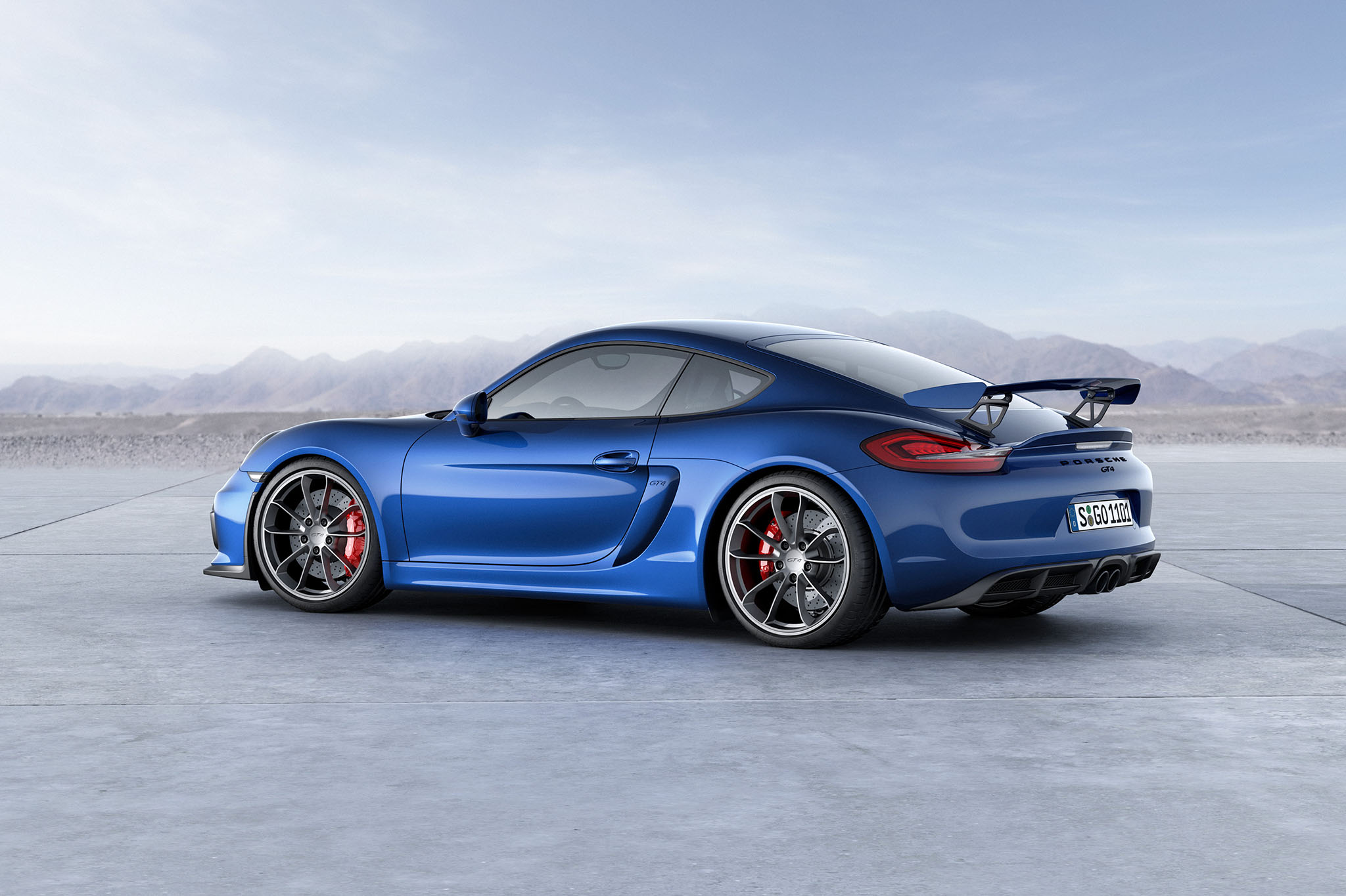 PorscheCaymanGT4 12