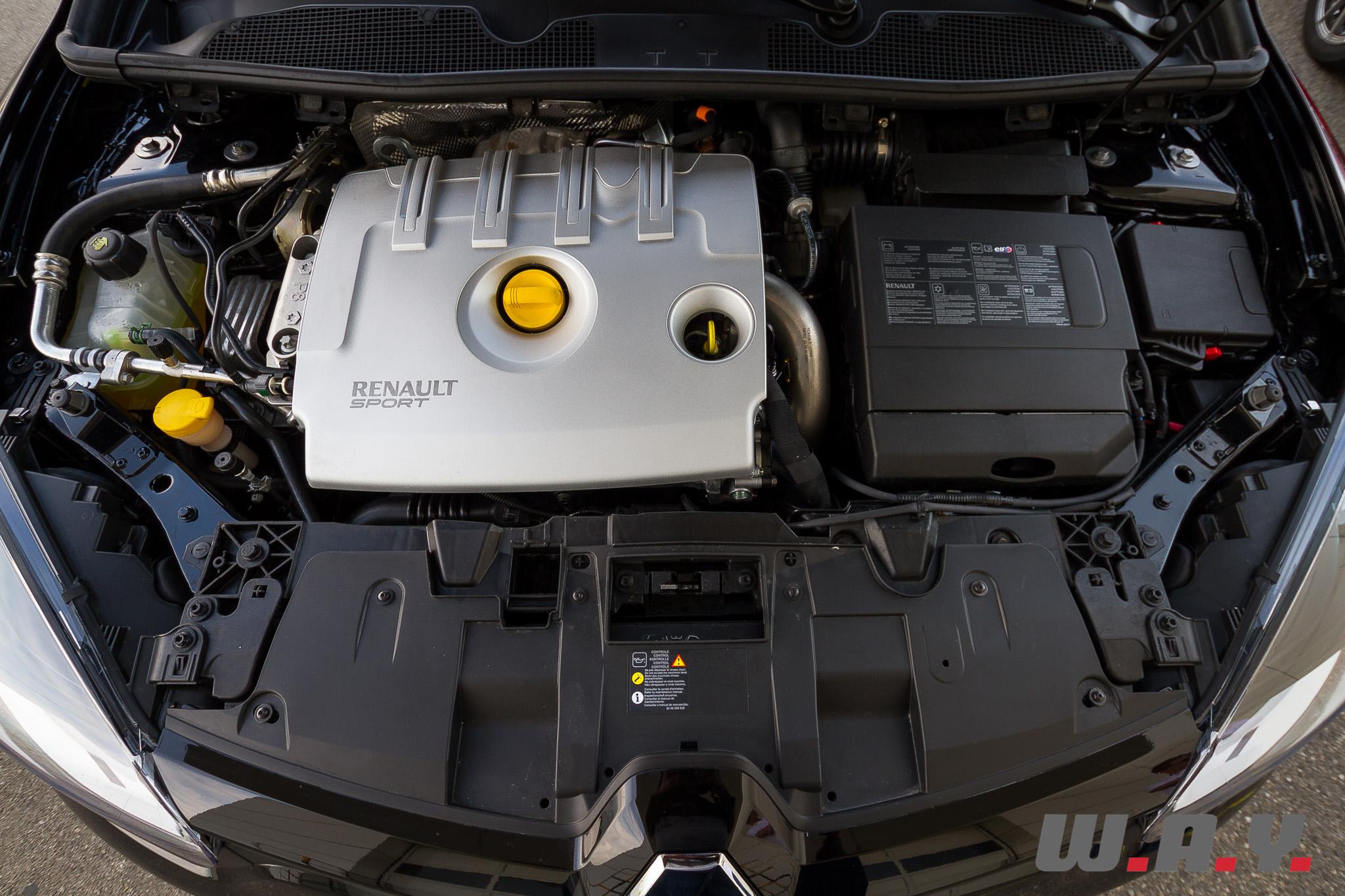 RenaultMeganeRS-1